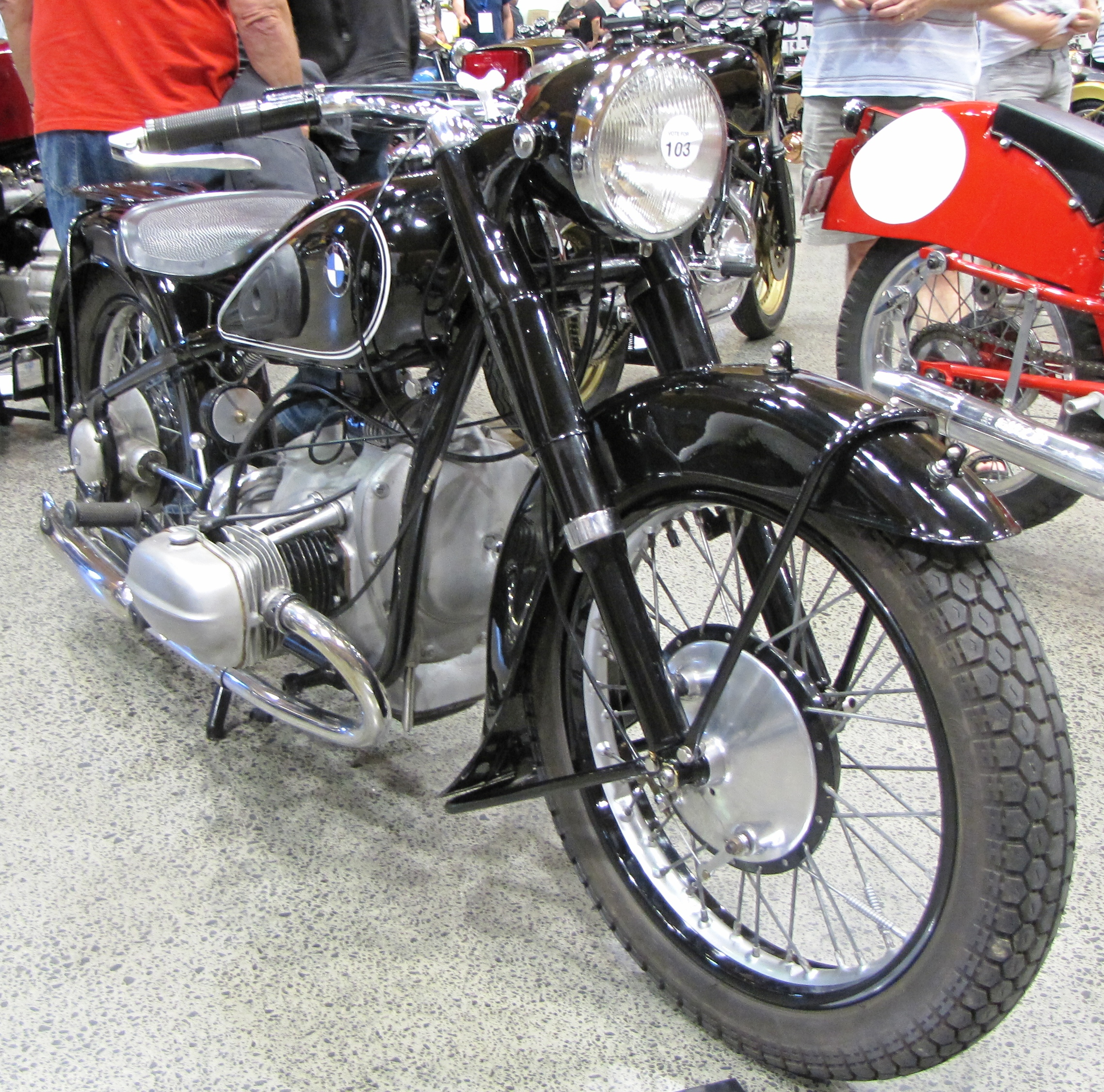 File:1936 BMW R5 motorcycle JPG - Wikimedia Commons