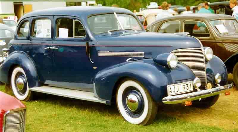 File 1939 chevrolet master de luxe ja 4 door sedan ajj931 for 1939 chevy 4 door sedan