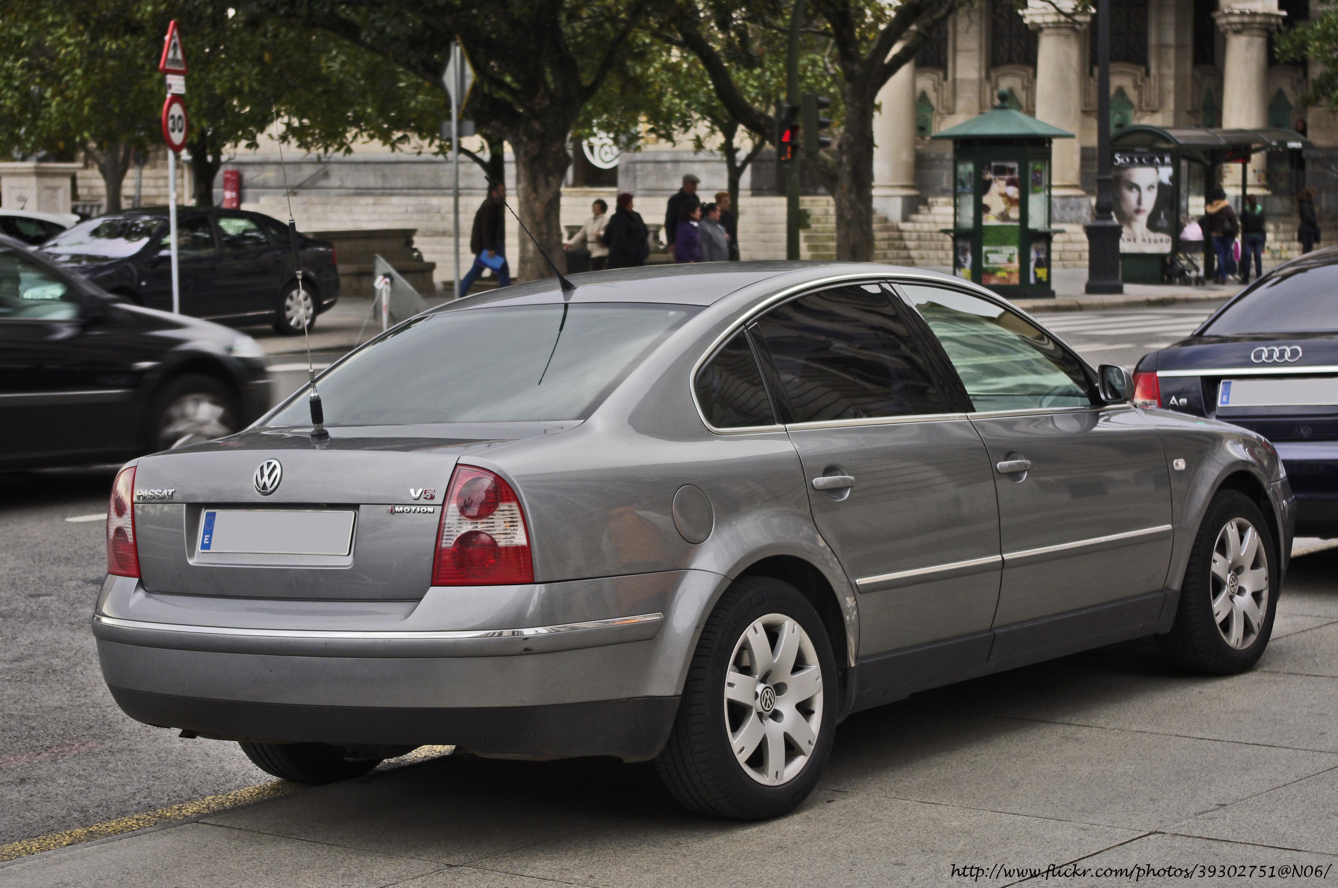 file 2003 volkswagen passat v5 4motion 5503937182 jpg wikimedia rh commons wikimedia org