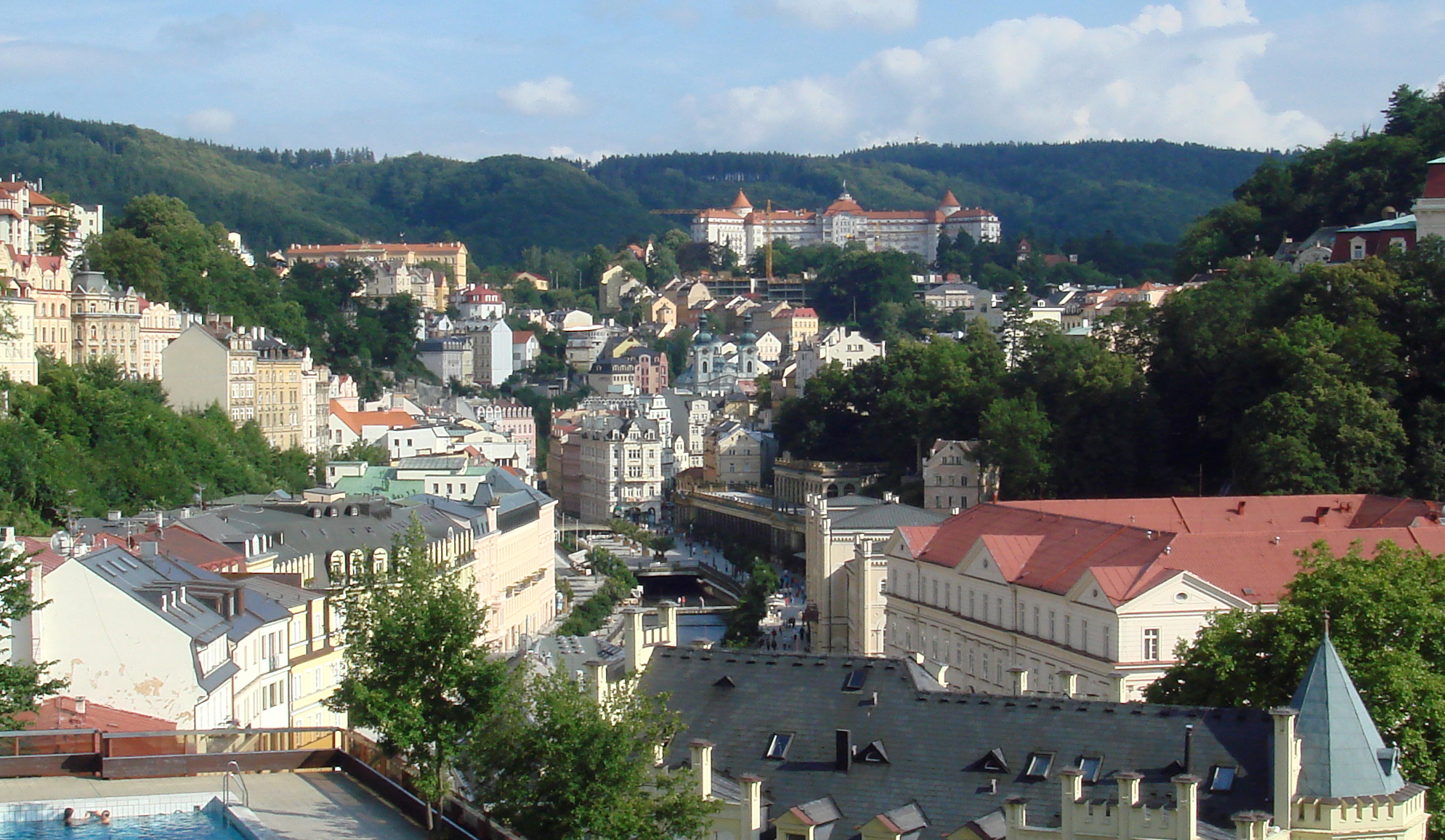 karlovy vary single parents Spa hotel thermal - holidaying in karlovy vary and staying in one of its symbolic landmarks, in the legendary thermal hotel.
