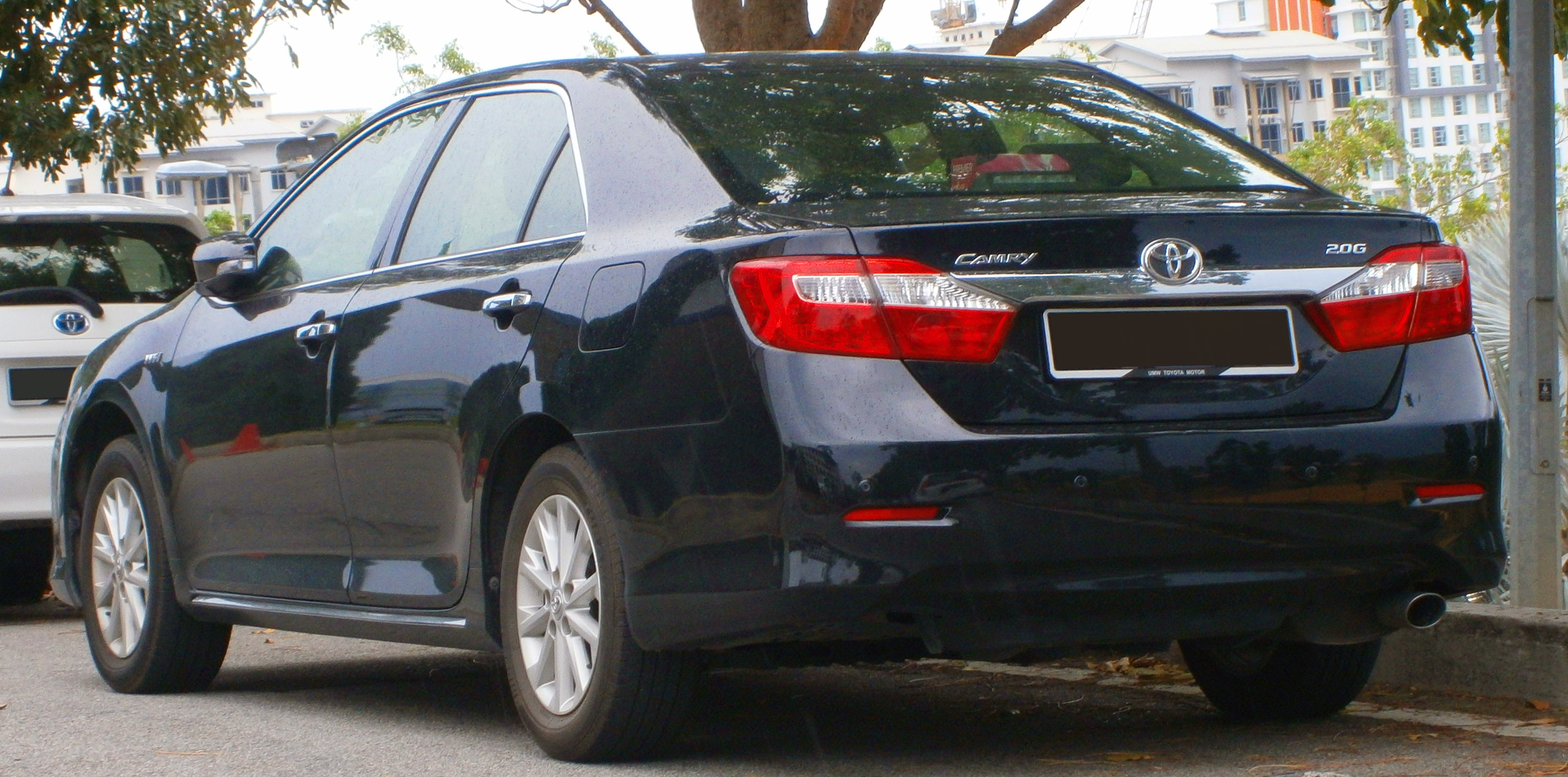 file 2012 toyota camry 2 0g in cyberjaya malaysia 02 jpg wikimedia commons. Black Bedroom Furniture Sets. Home Design Ideas