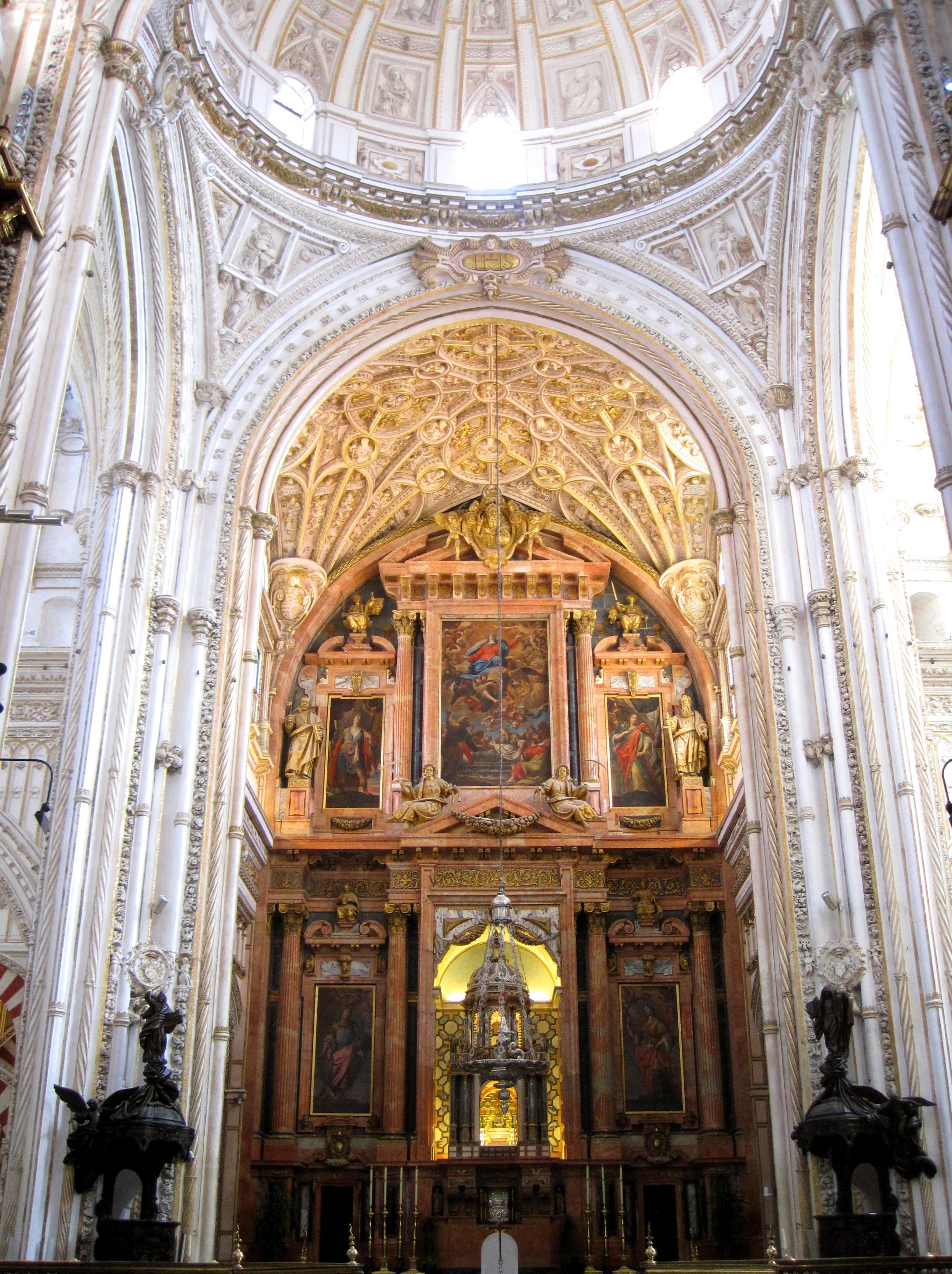 File:Altar de la Catedral. Mezquita-Catedral de Córdoba, Córdoba..JPG - Wikim...