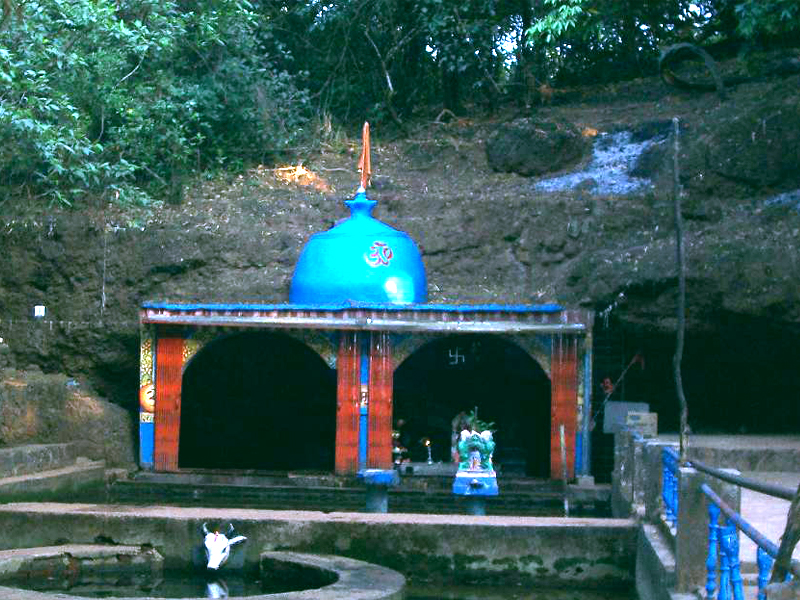 A click of Hiranyakeshwar Temple which is one of the famous places to visit in Amboli