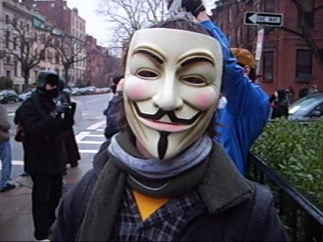 File:Anon feb 2008 anti-Scientologist protests4.png