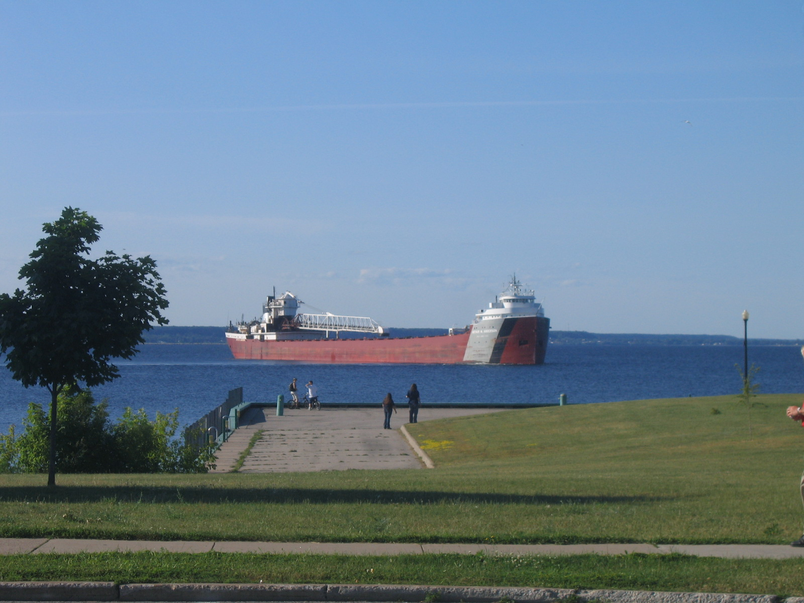 Ore freighter Arthur M. Anderson departing the Escanaba harbor