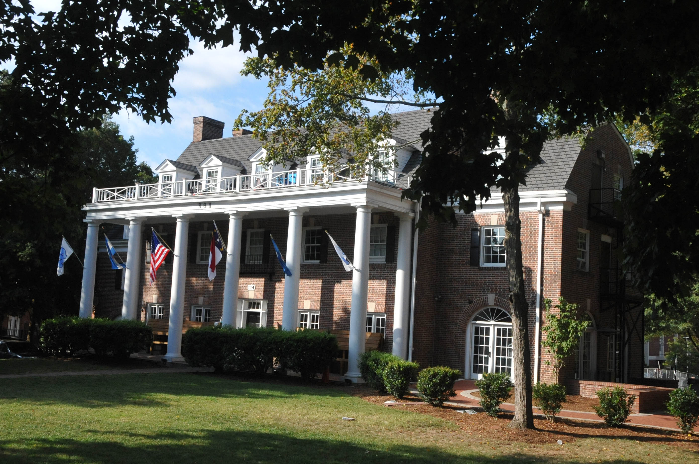 Beta Theta Pi Fraternity House Chapel Hill North
