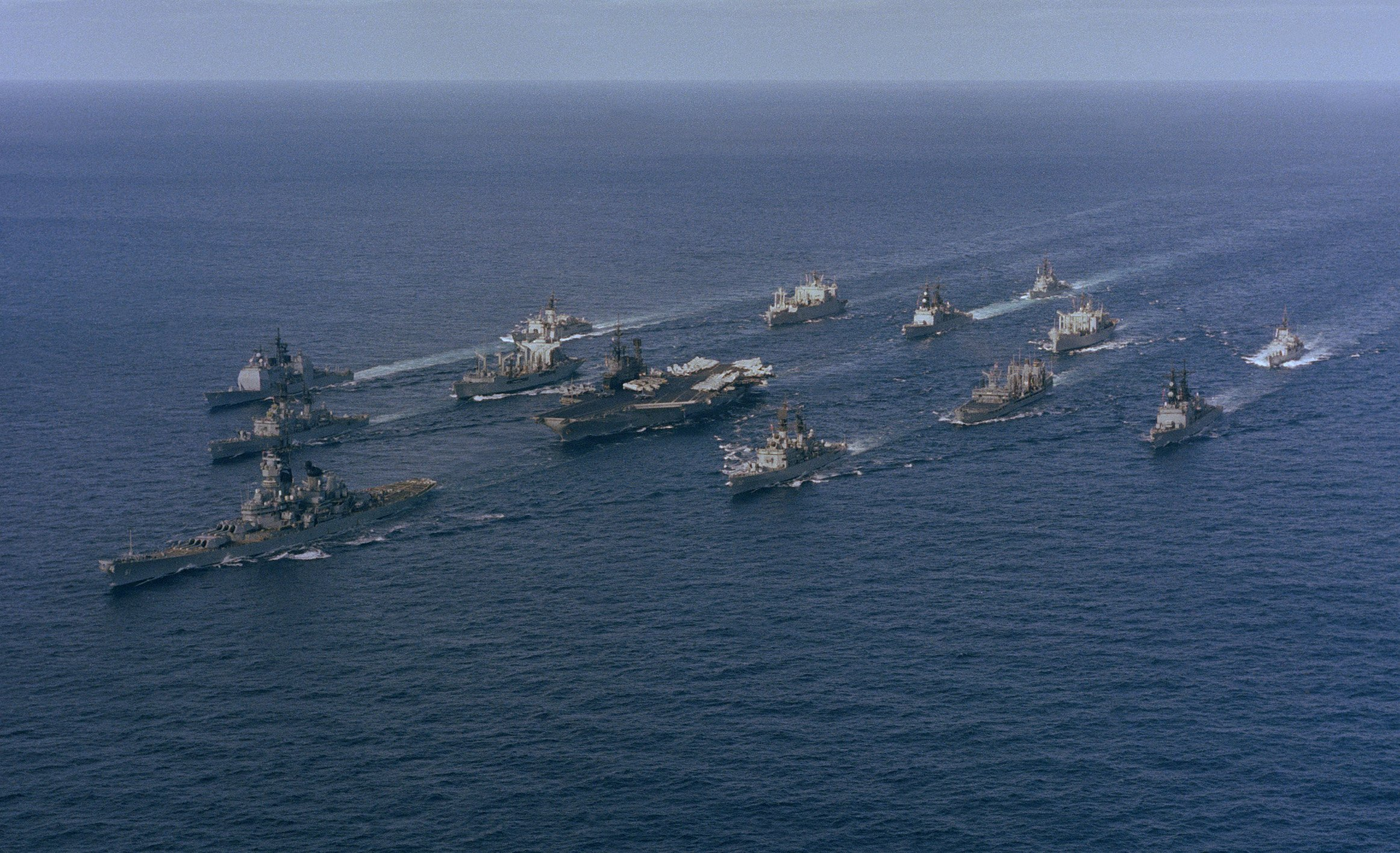 File battle group alpha midway iowa underway for Porte 7th sea