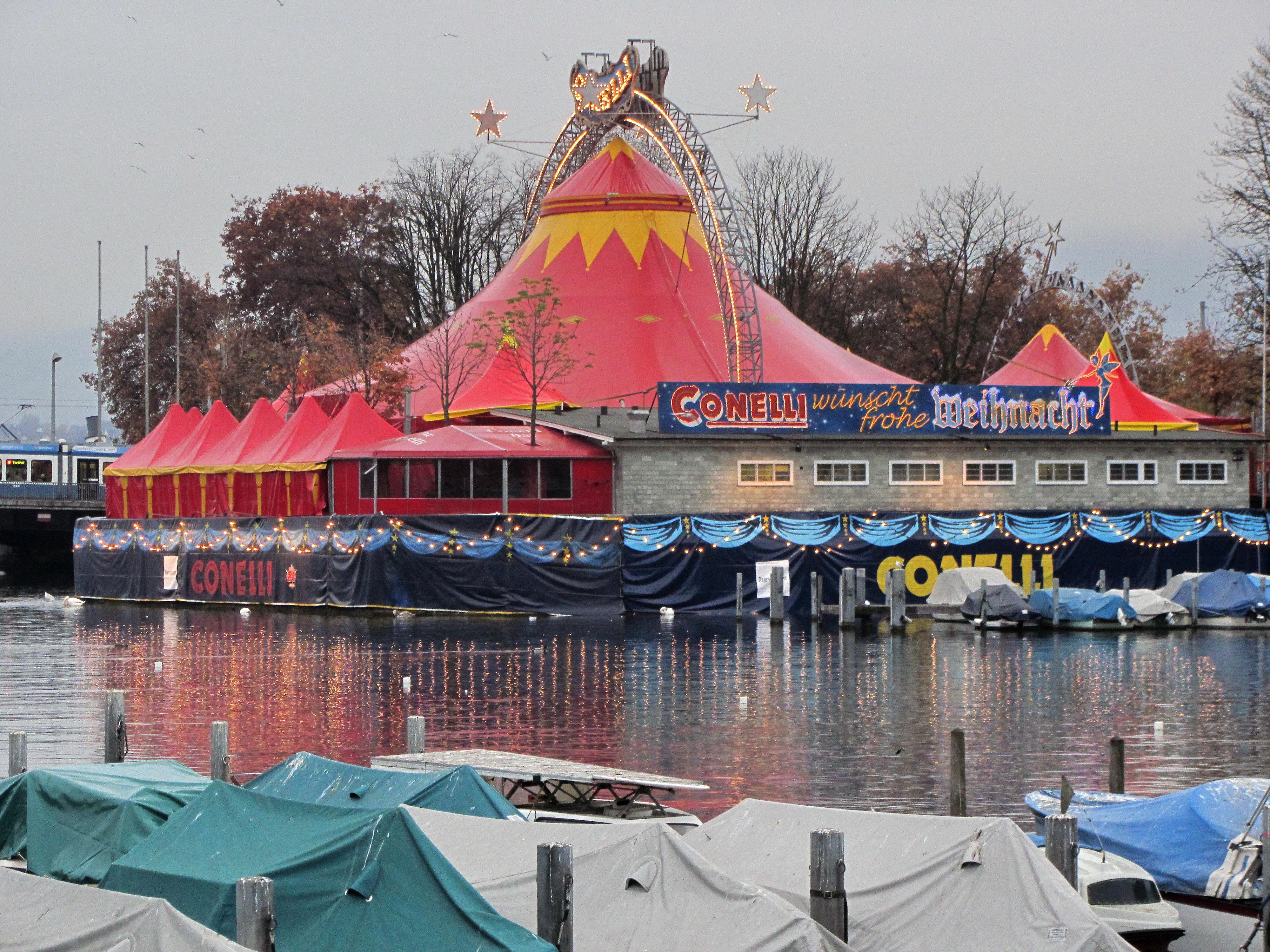 Zelt von Circus Conelli, Zürich - Quelle: WikiCommons