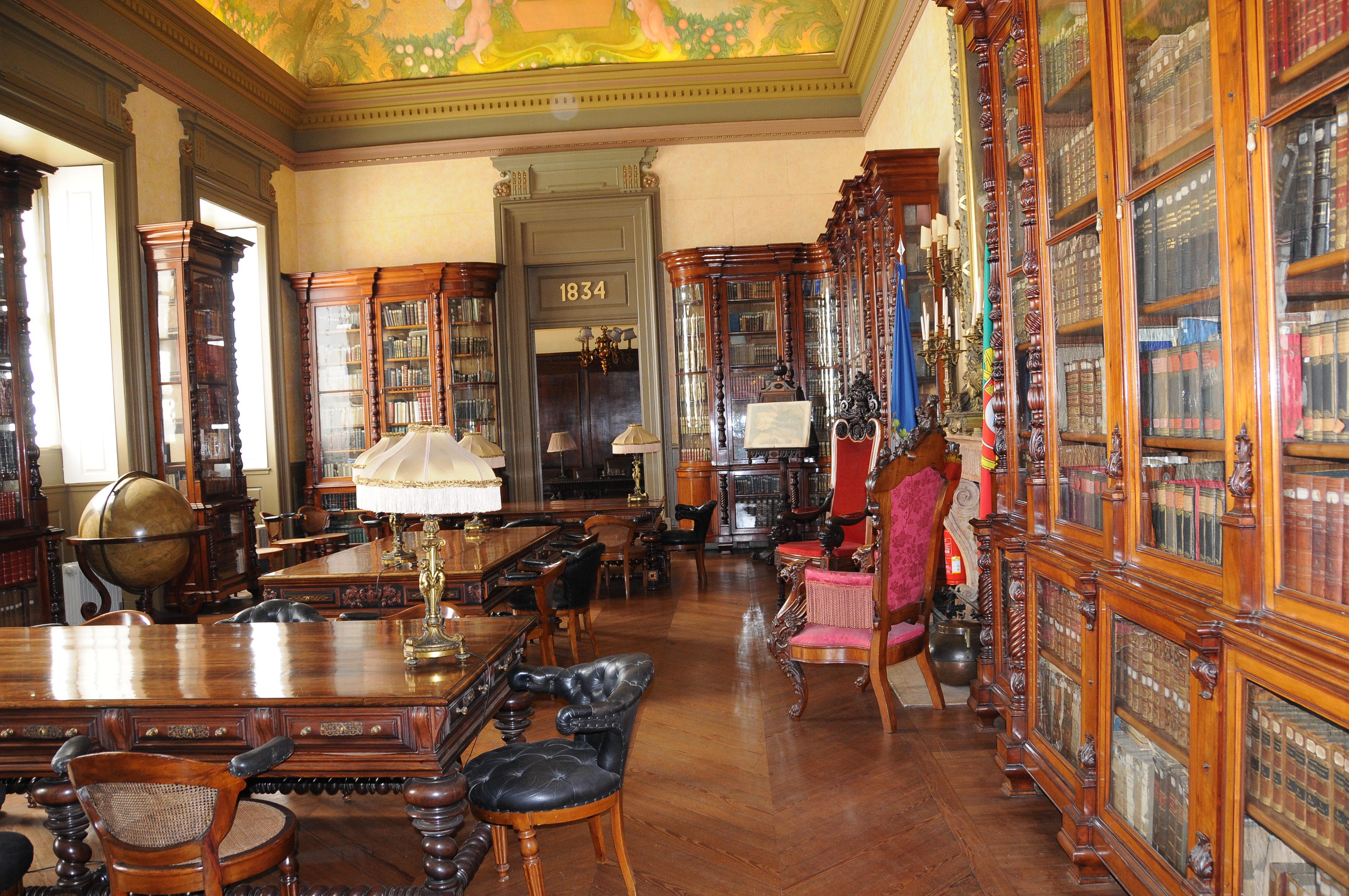 Ficheiro:Bolsa do Porto Biblioteca.JPG – Wikipédia, a