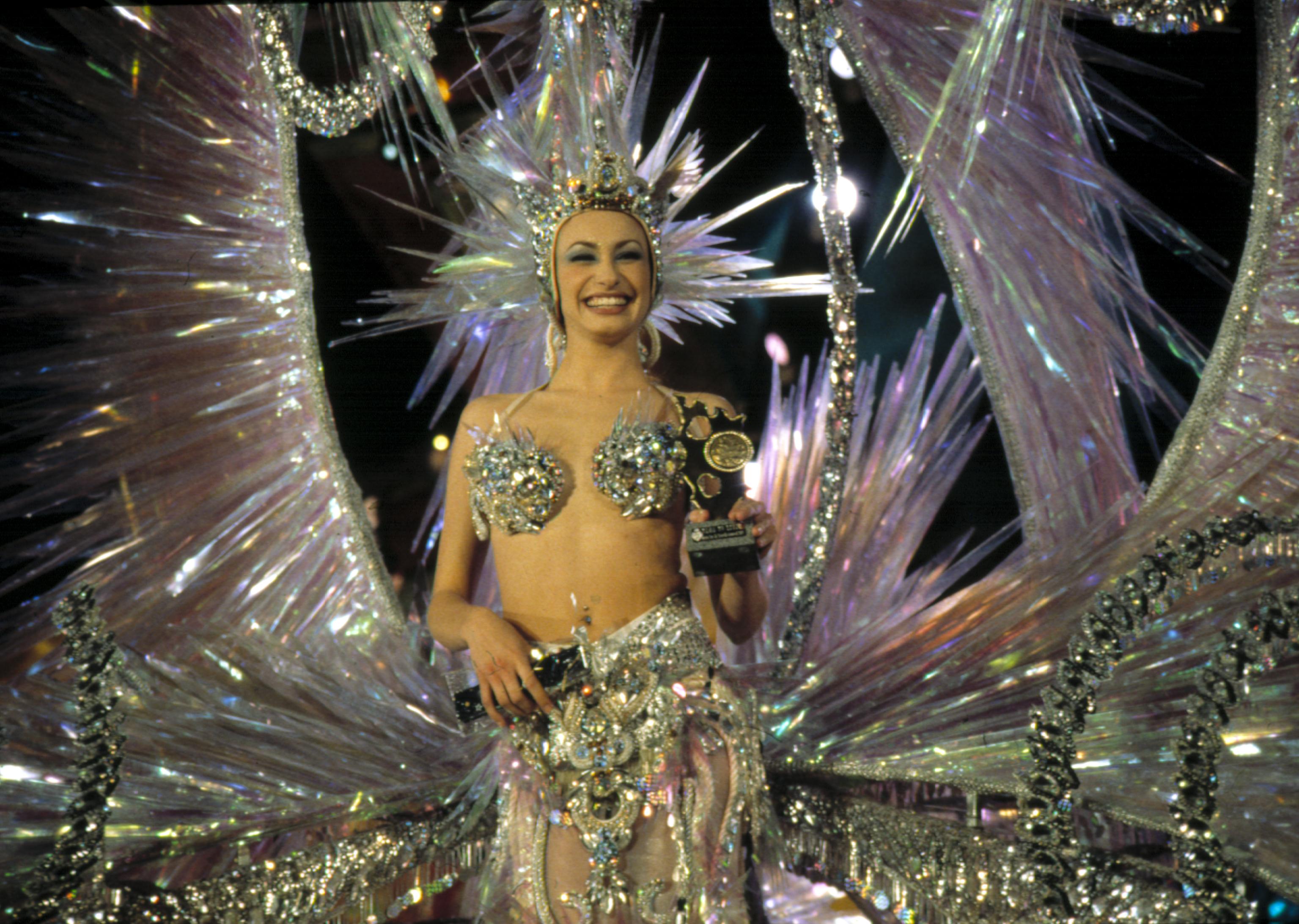 Resultado de imagem para Carnaval de Santa Cruz de Tenerife