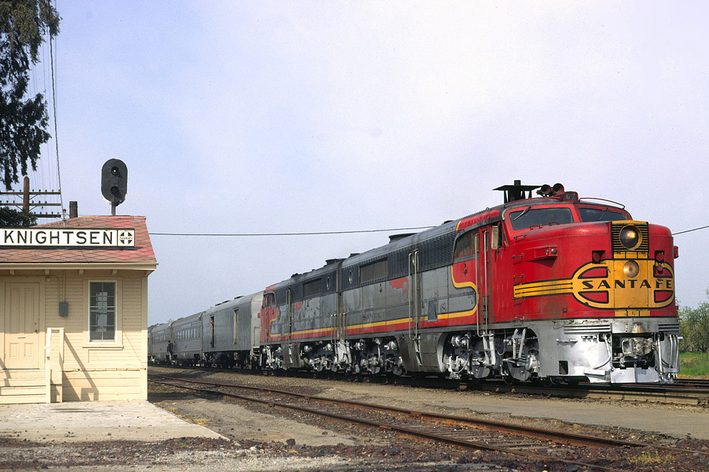 Charter train at Knightsen station, February 1968.jpg
