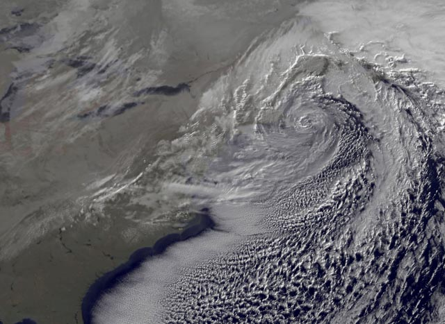 File:Christmas nor'easter 2010Dec27.jpg