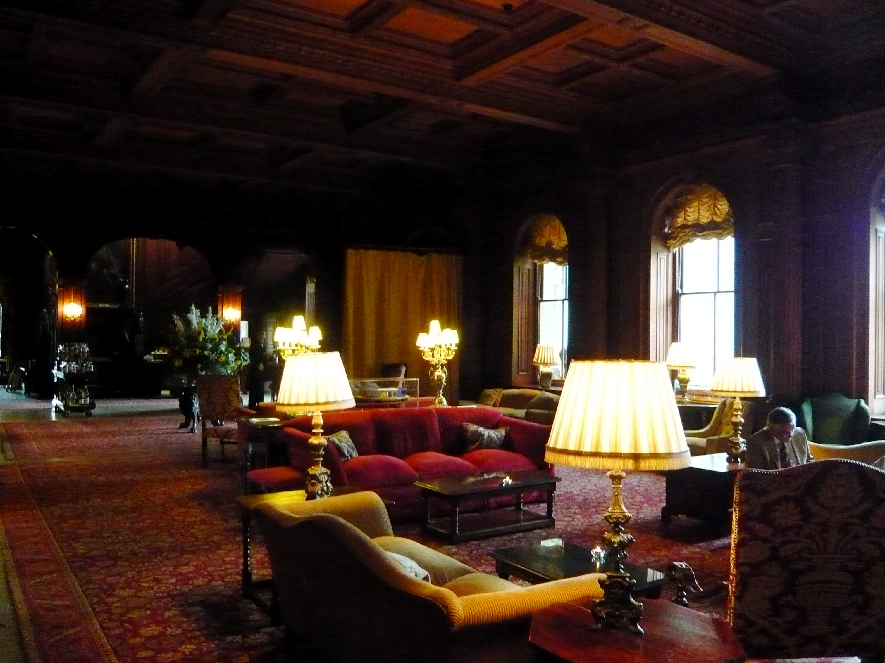httpuploadwikimediaorgwikipediacommons00aClivedenHall1jpg Cliveden House Hotel