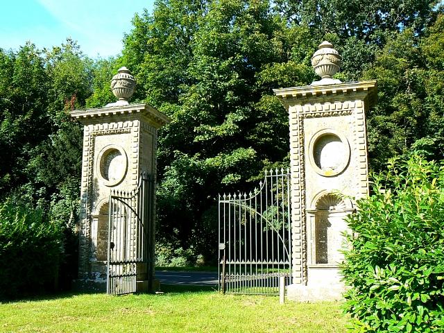 Coleshill gate