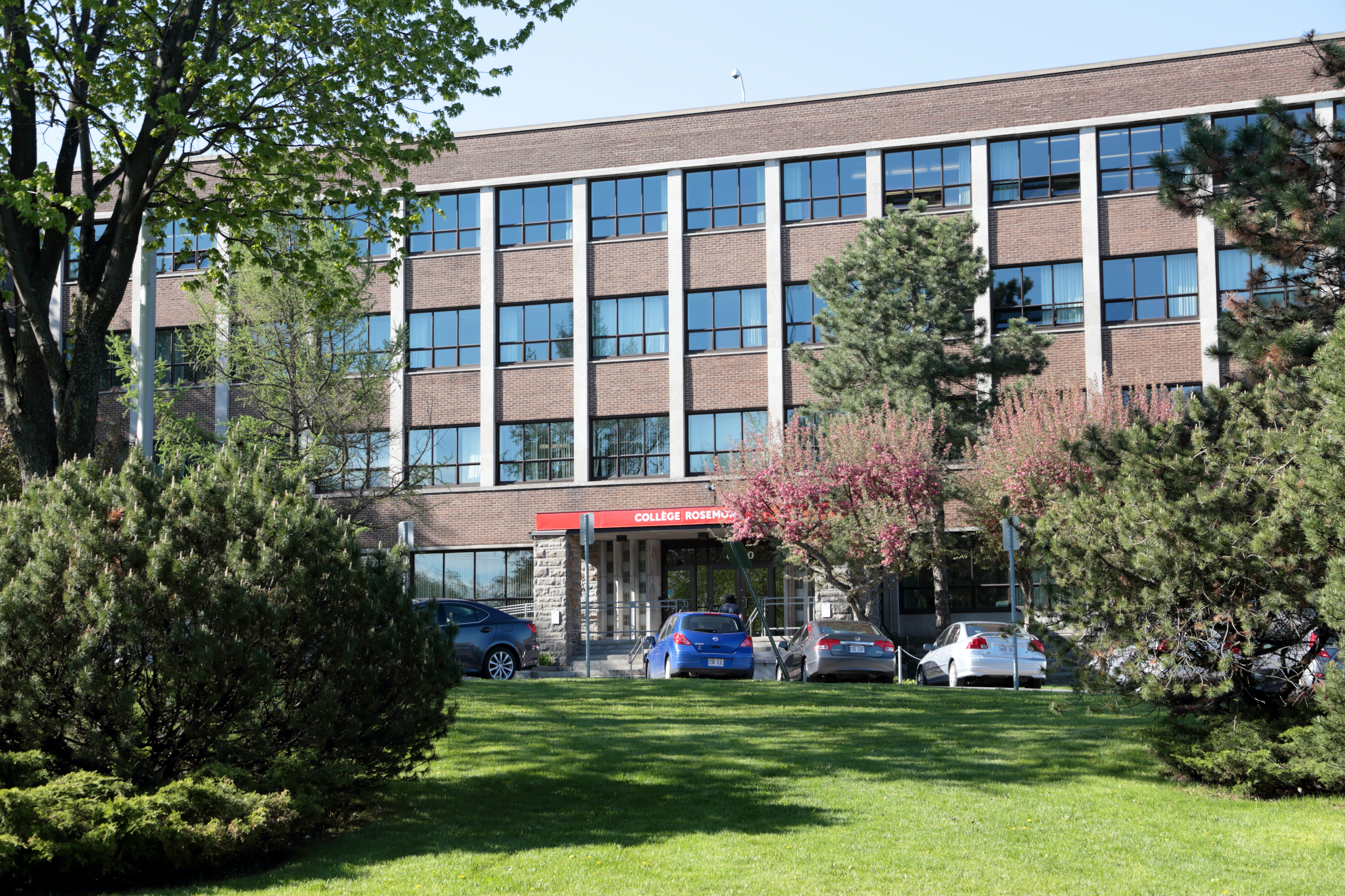 File college de rosemont jpg wikimedia commons for College rosemont piscine