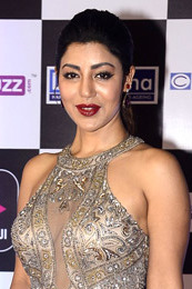 Debina Bonnerjee graces Alt Balaji's Digital Awards 2018 (10) (cropped).jpg