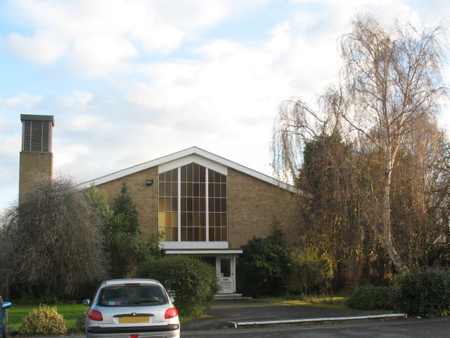 Emmanuel church, Morden - West end - geograph.org.uk - 1059661