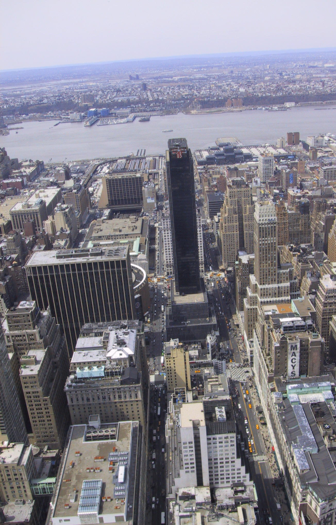 file empire state building view14 crop jpg wikimedia commons rh commons wikimedia org