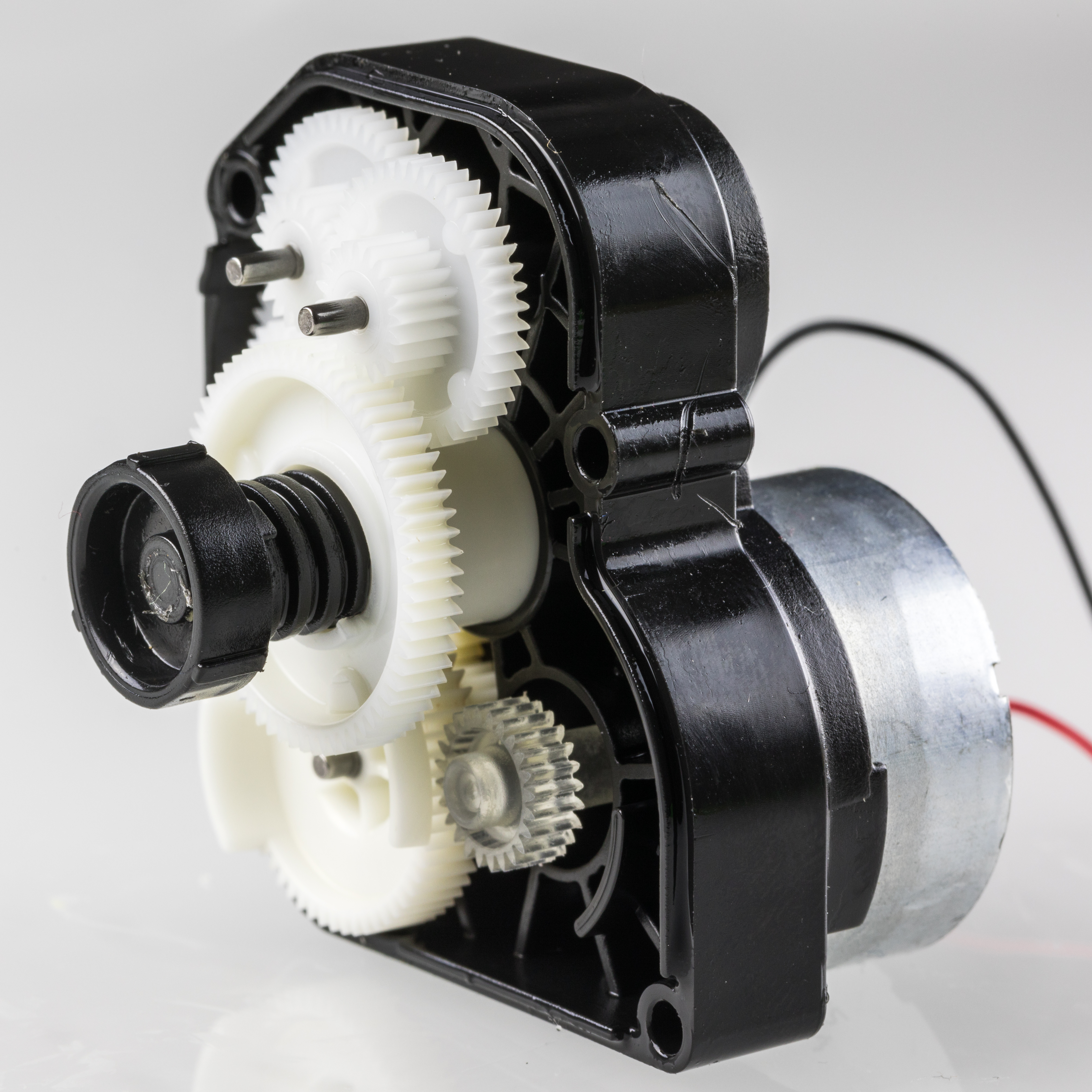 file eurotronic thermy motor and gear 1 2 jpg wikimedia commons rh commons wikimedia org