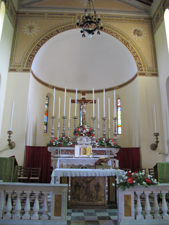 File fiano chiesa di san pietro apostolo interno 04 jpg for Interno san pietro