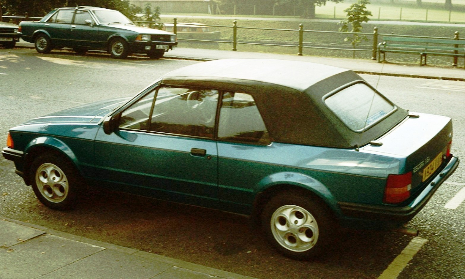 file ford escort 4 cabriolet cambridge jpg wikimedia commons rh commons wikimedia org