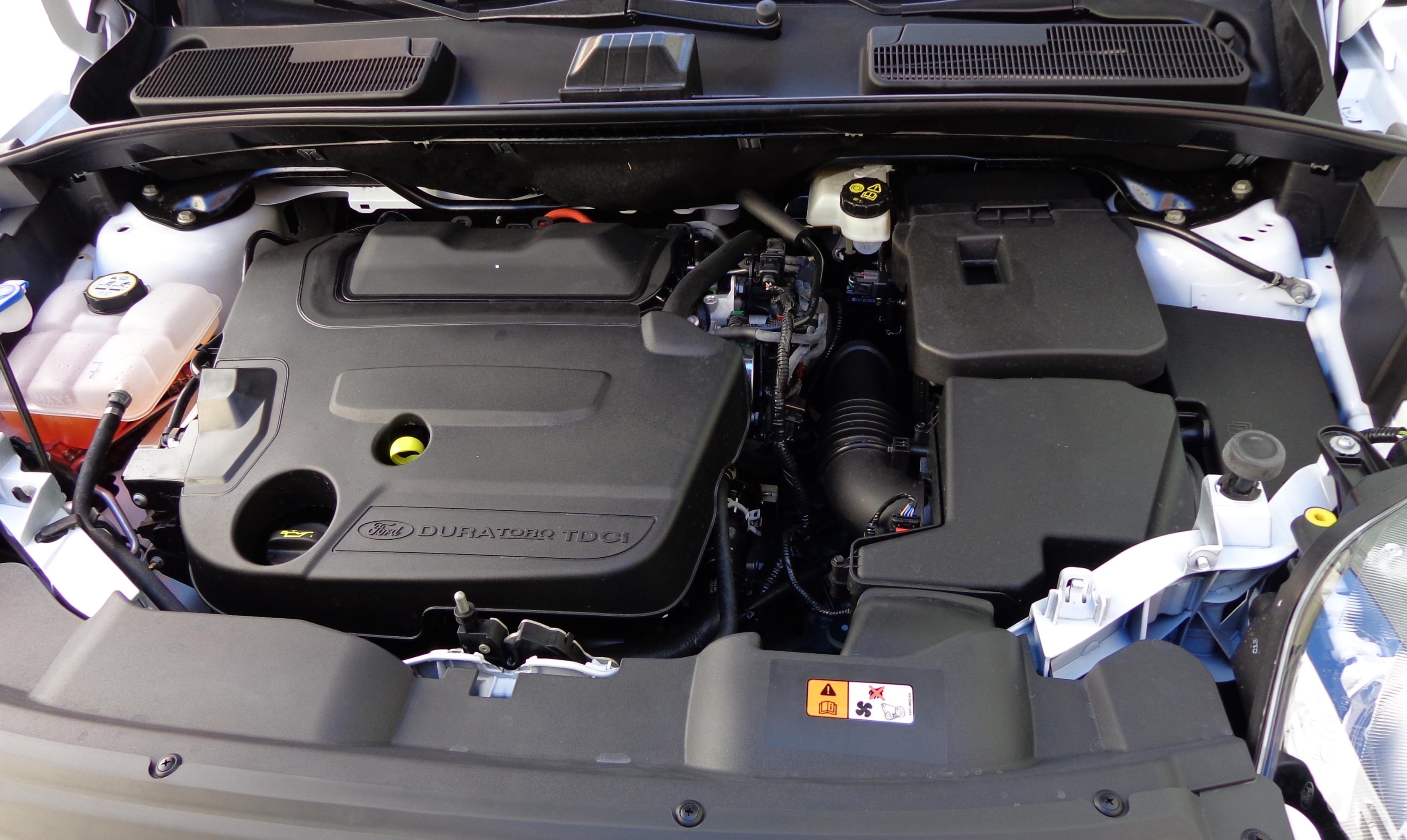 File ford kuga engine 2012 jpg