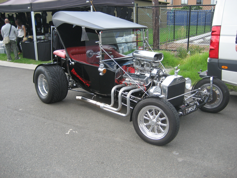 File:Ford Model T Bucket Hotrod.jpg - Wikimedia Commons