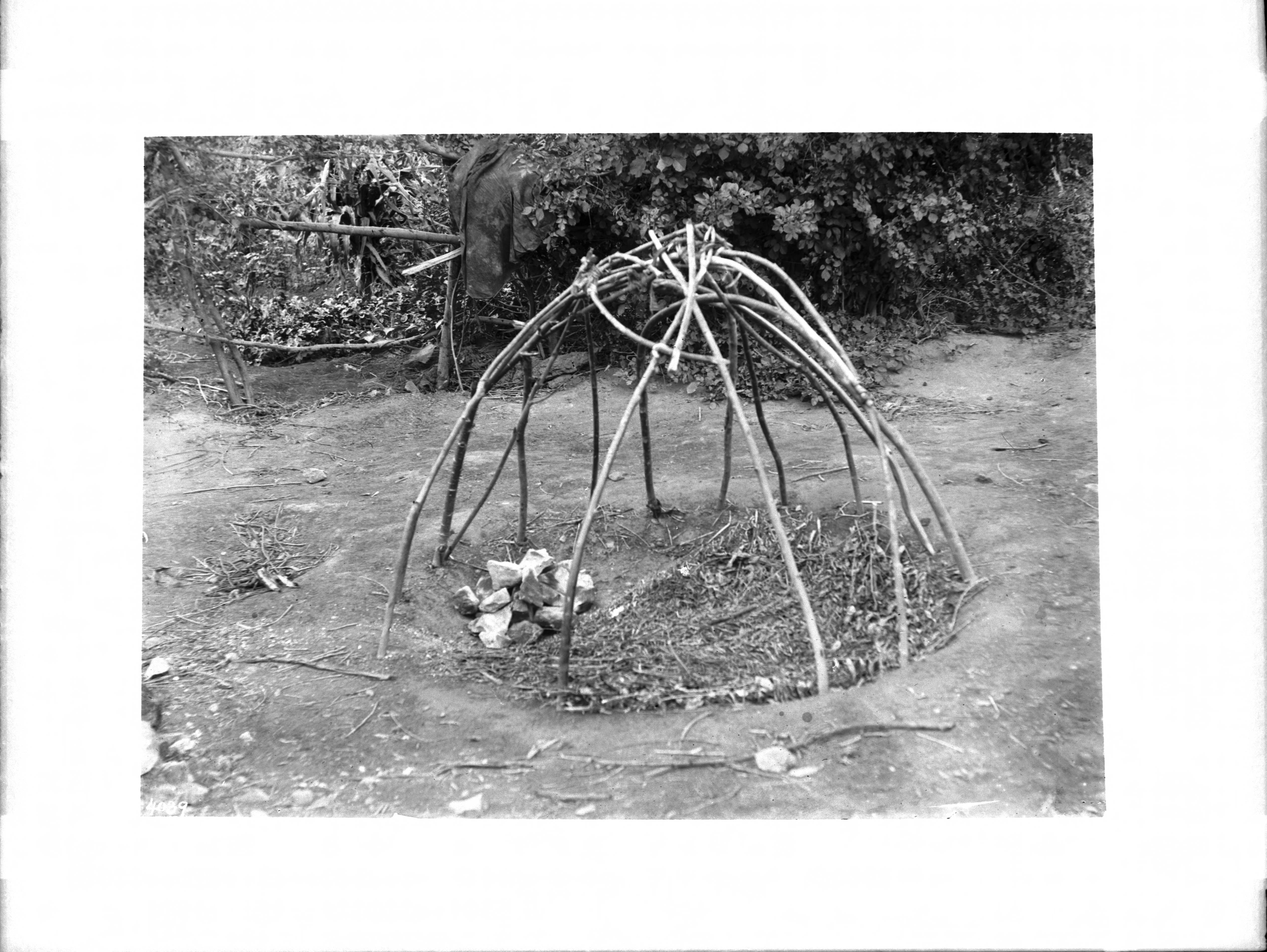 file frame construction of a havasupai indian sweat house ca 1900 rh commons wikimedia org