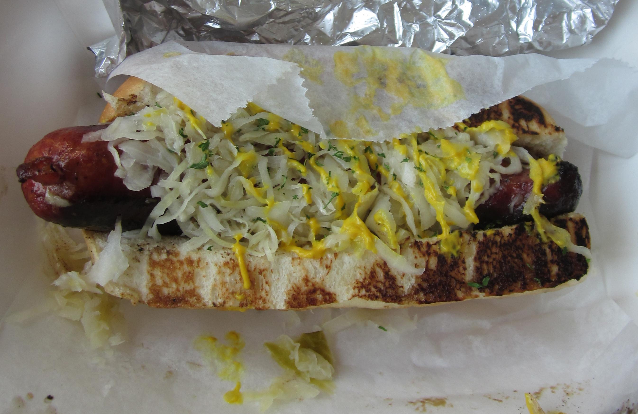 Kraut Hot Dog