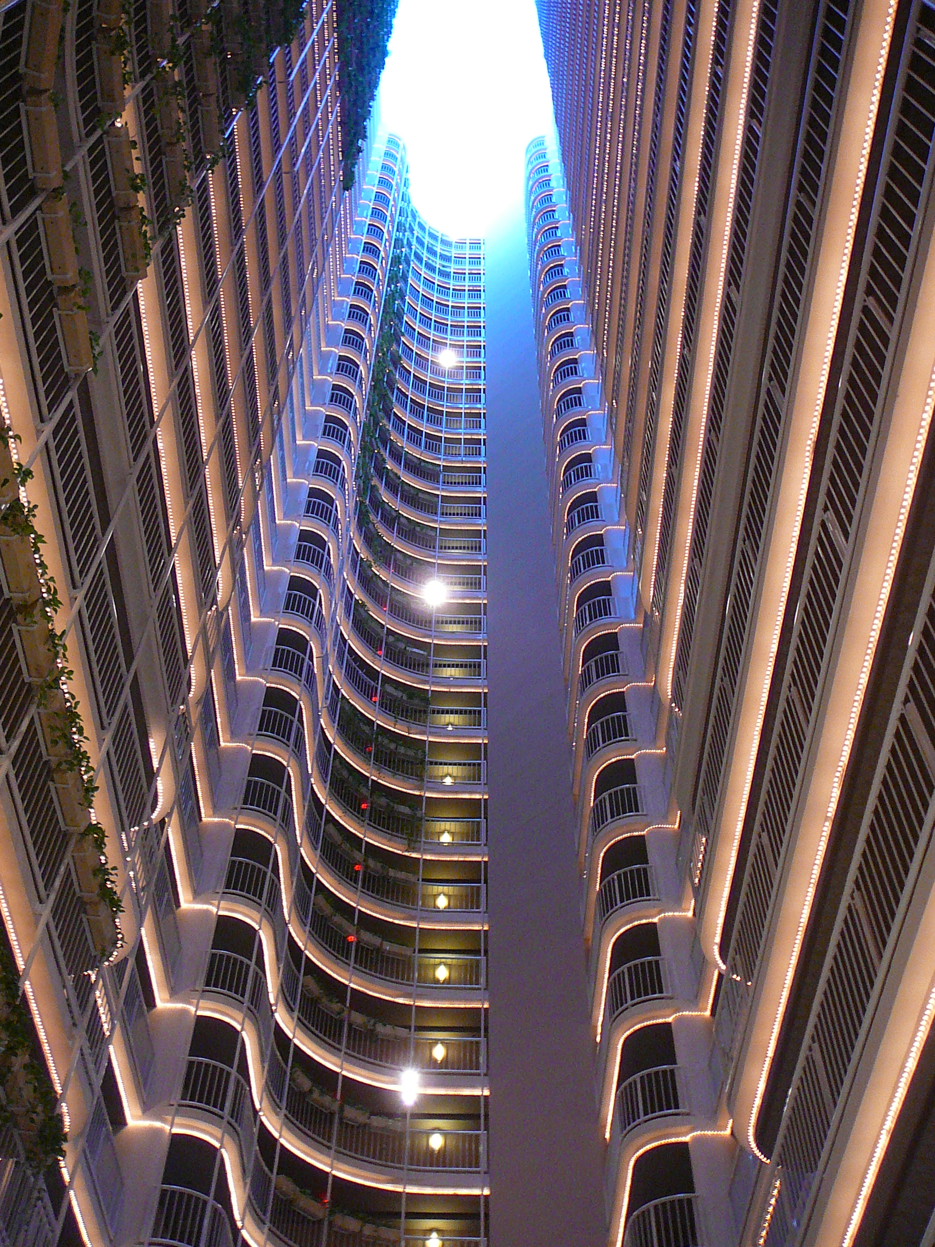 File grand doubletree east atrium for Anarchitecture definition