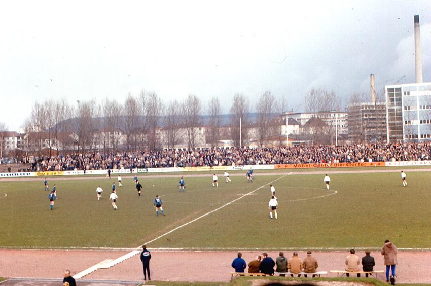 Datei:Heilbronn - Soccer VfR Heilbronn vs. Waldhof Mannheim.jpg