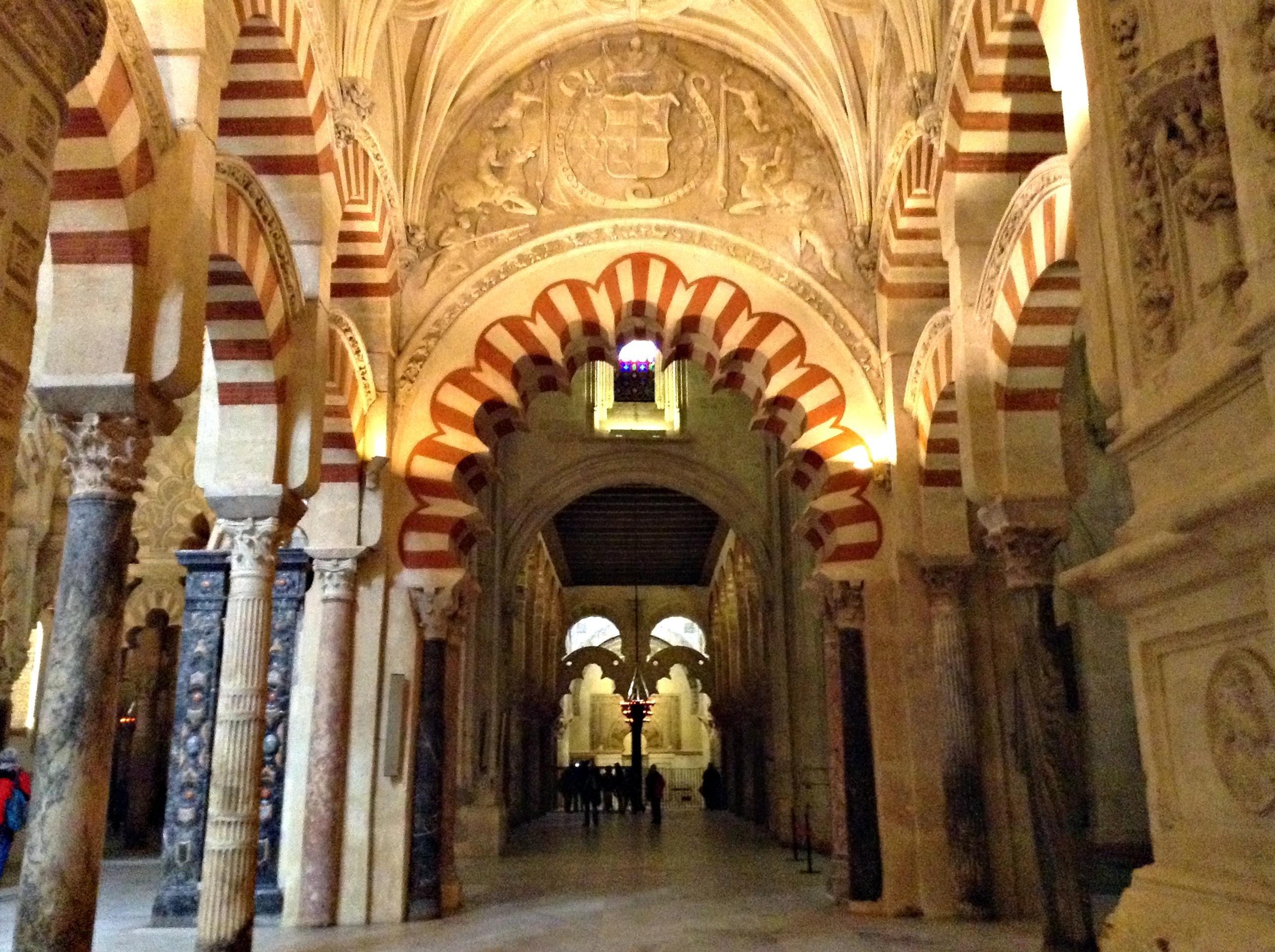 file interior de la mezquita de c rdoba espa a jpg
