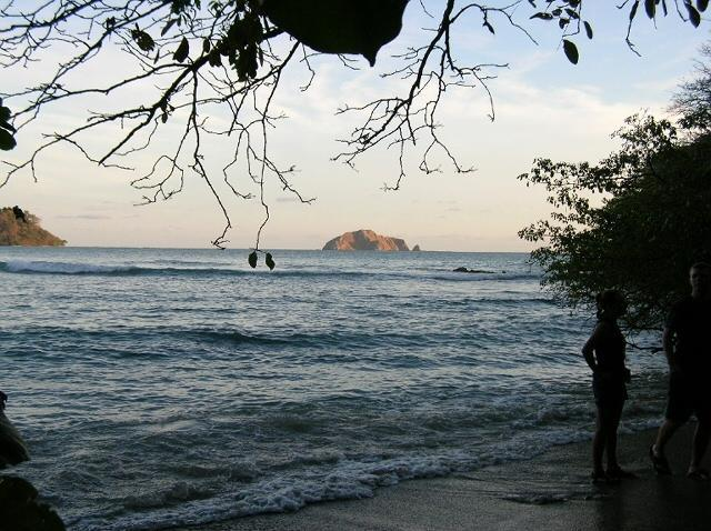 File:Isle Cabo Blanco.jpg