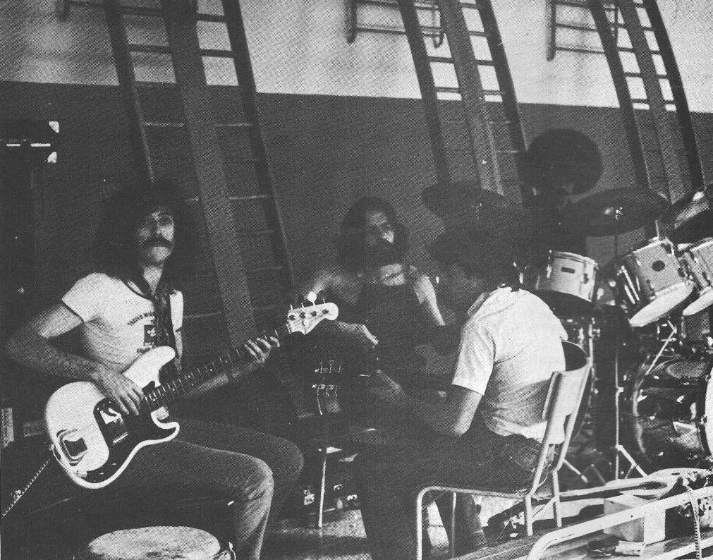 Jaime Roos junto a sus músicos en 1980.