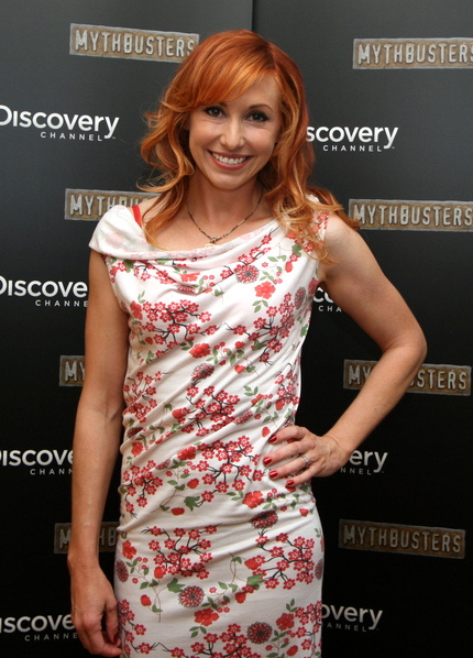 Kari Byron at Comicon 2010 crop ... not as a woman who chose to stay home to raise babies.
