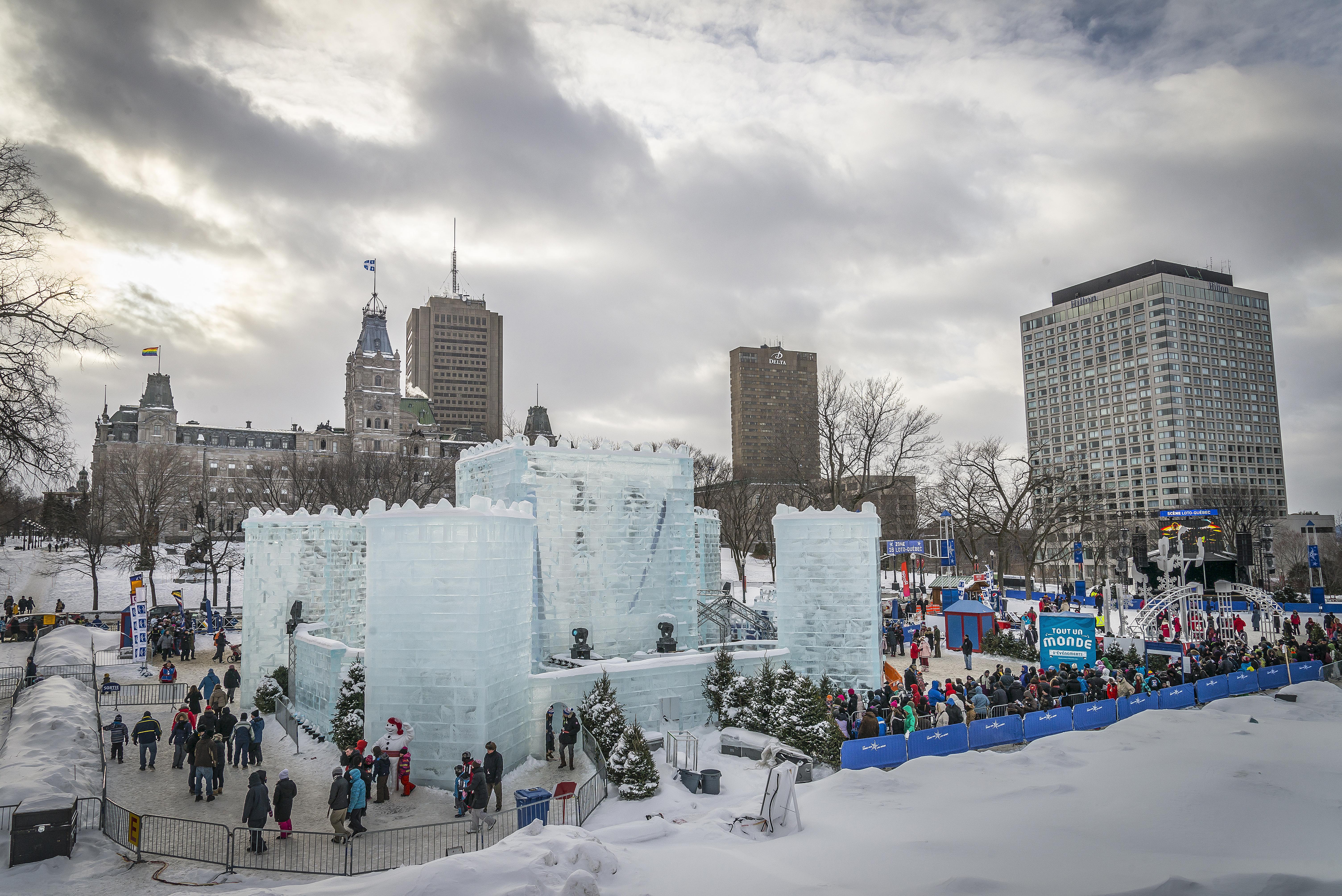 File:Le 60e Carnaval de Québec (12665360985).jpg - Wikimedia Commons