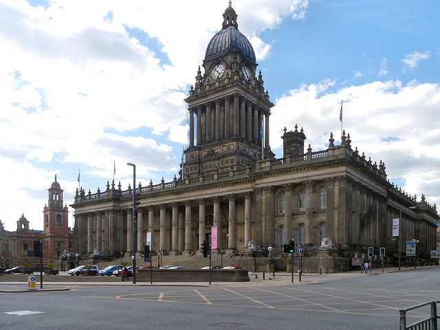 Two Bedroom Luxury Apartment by Town Hall, Leeds, UK ...