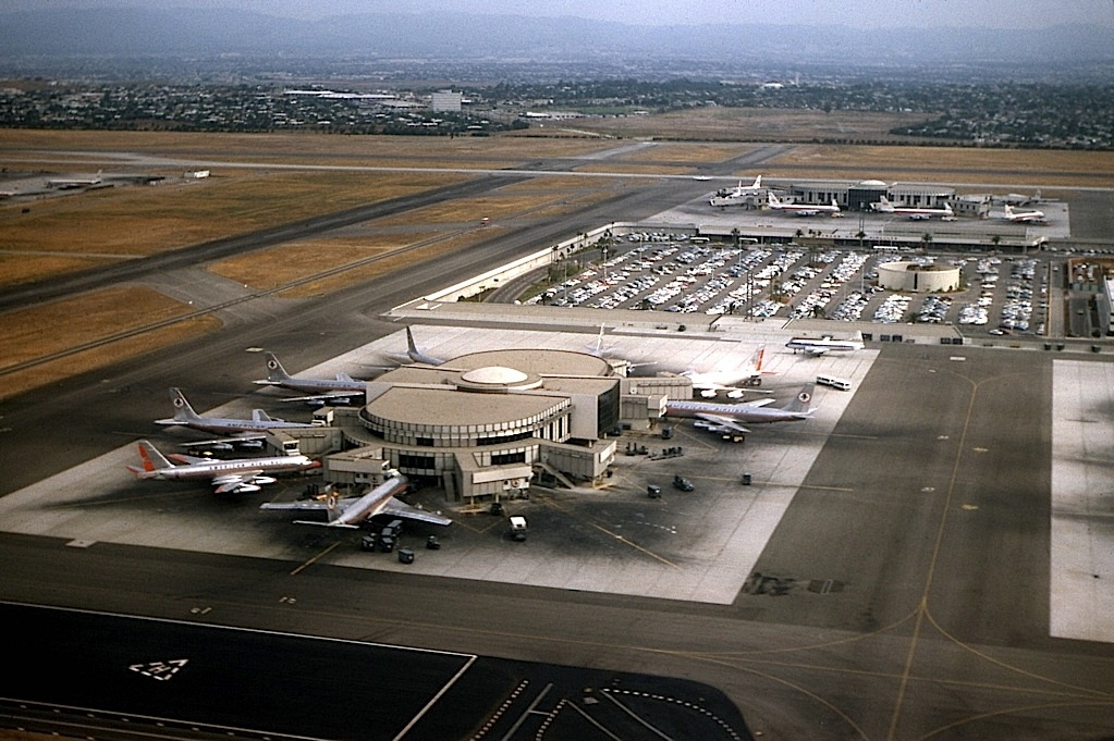 Las Angeles Airport Hotels