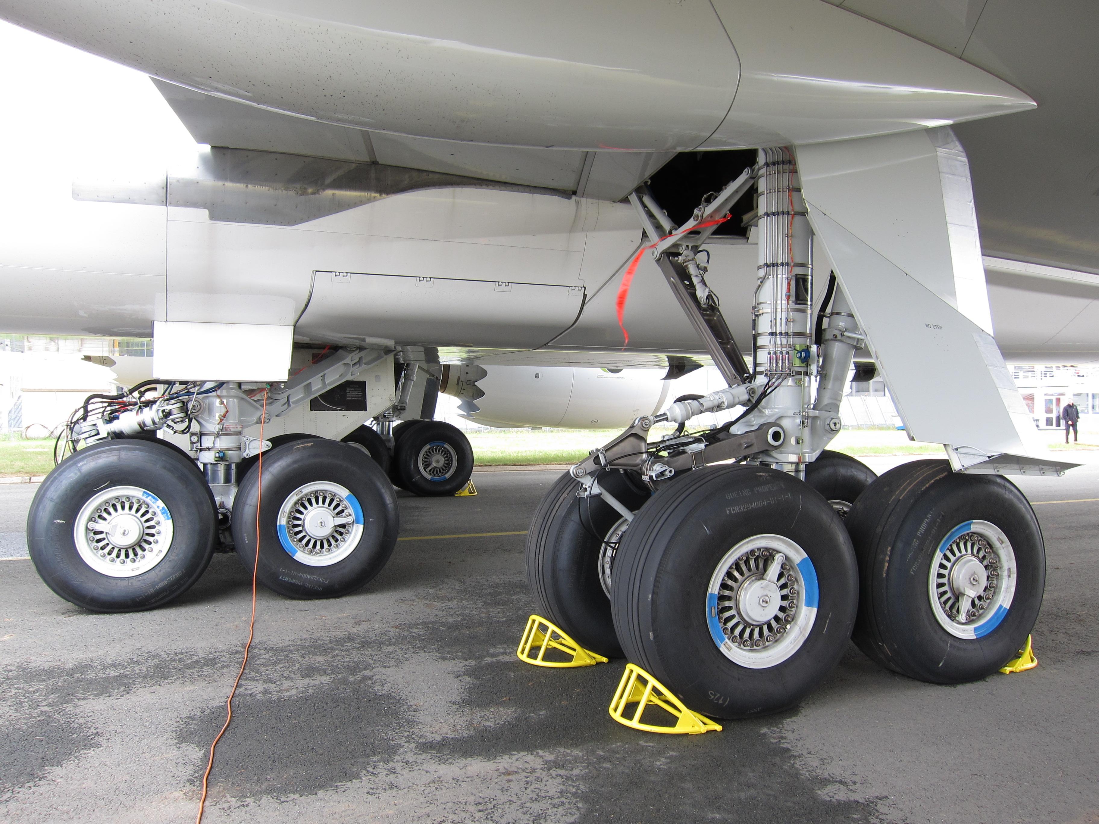 Landing gear - Wikipedia