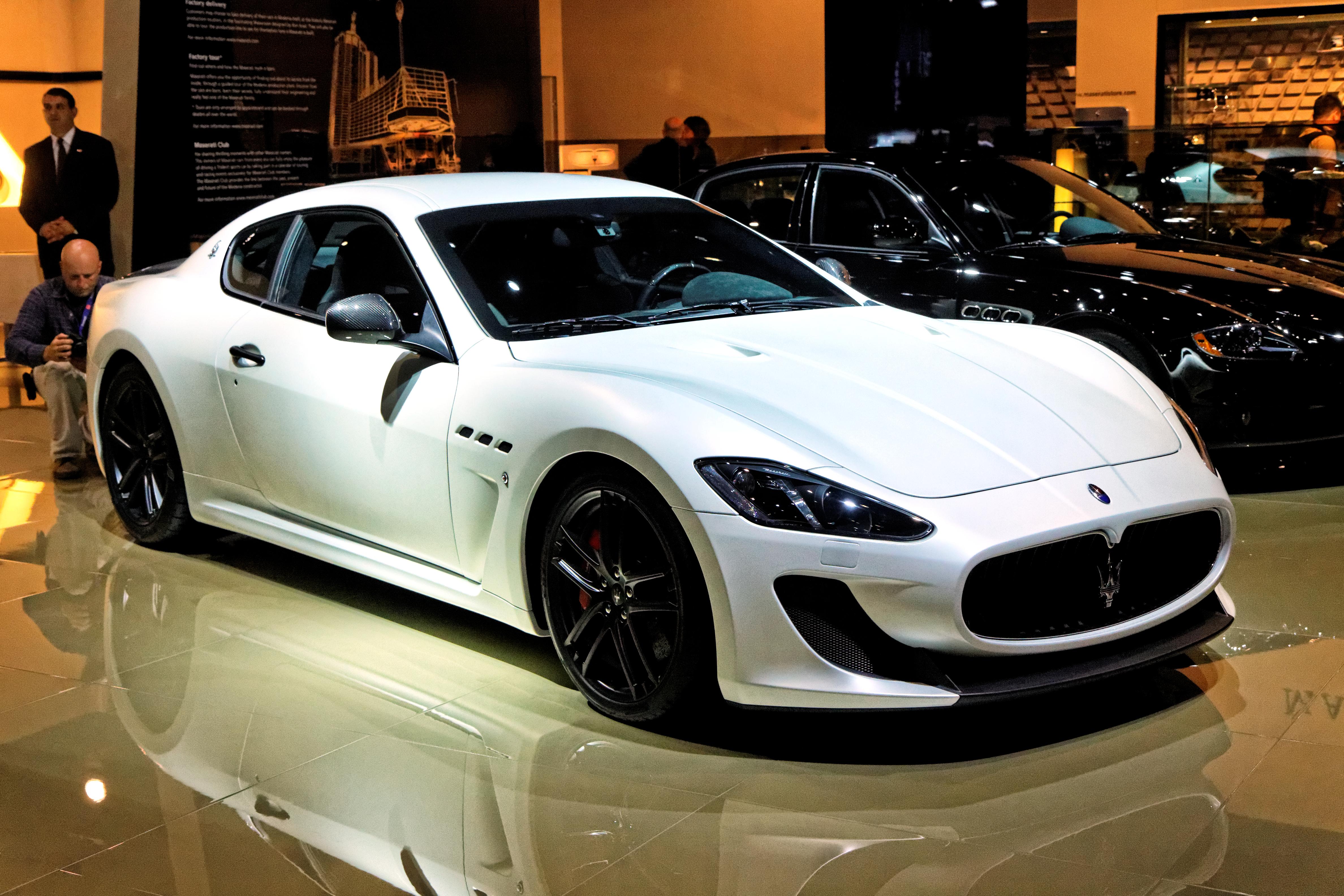 File:Maserati Granturismo Sport - Mondial de l'Automobile ...