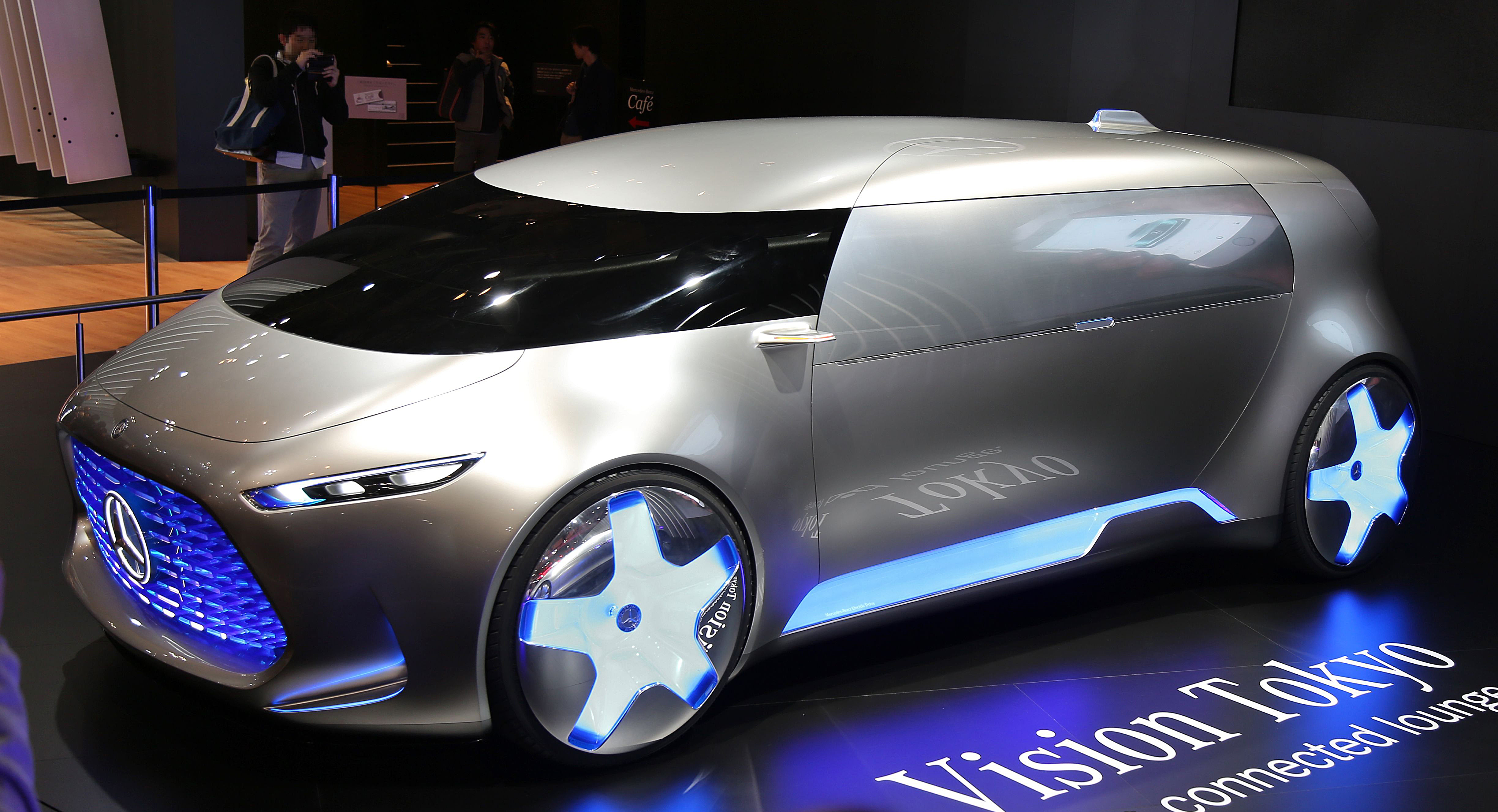 https://upload.wikimedia.org/wikipedia/commons/0/0a/Mercedes-Benz_Vision_Tokyo.jpg