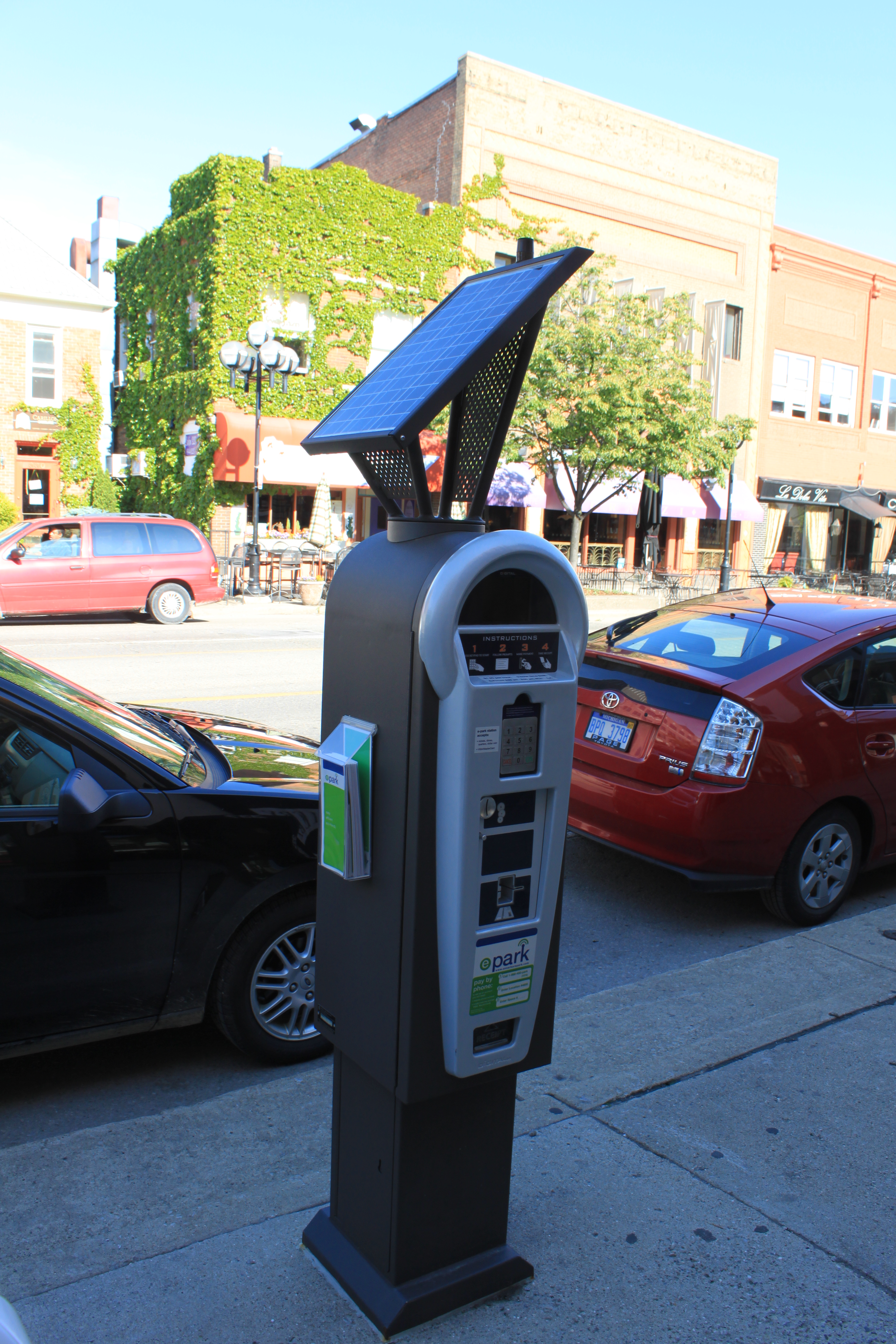 solar-powered multi-space meter, Ann Arbor, MI (also used by White Rock, BC, and Huston, Texas). Solar is optional.