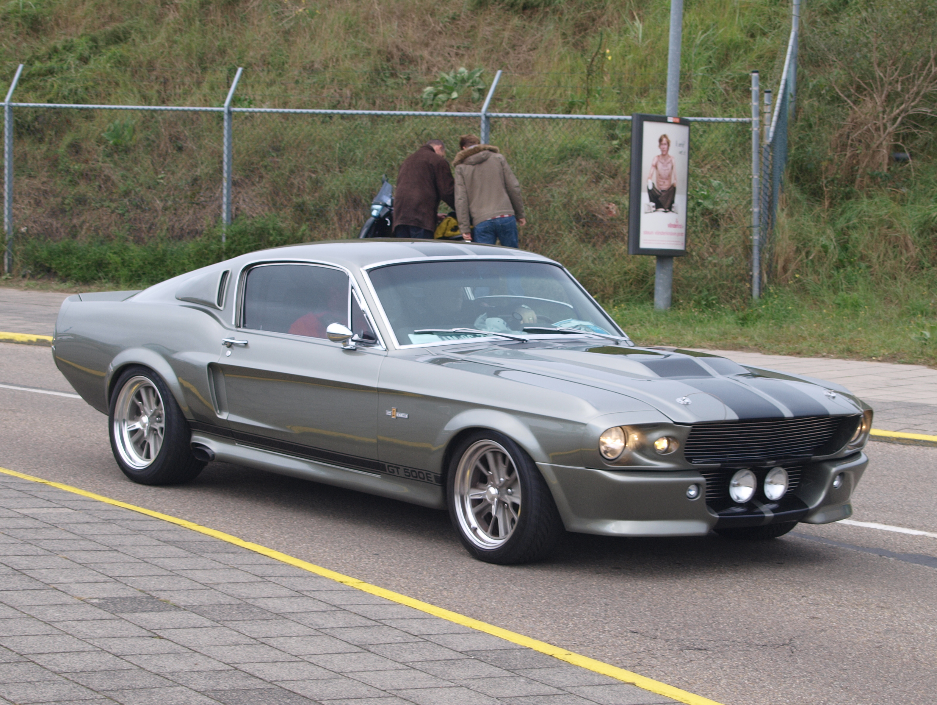 file nationale oldtimerdag zandvoort 2010 1967 ford mustang gt 500e rh commons wikimedia org  ford mustang shelby gt500 eleanor a venda