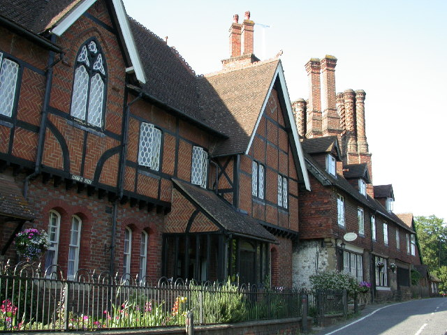 Old Cottages, Albury - geograph.org.uk - 27756