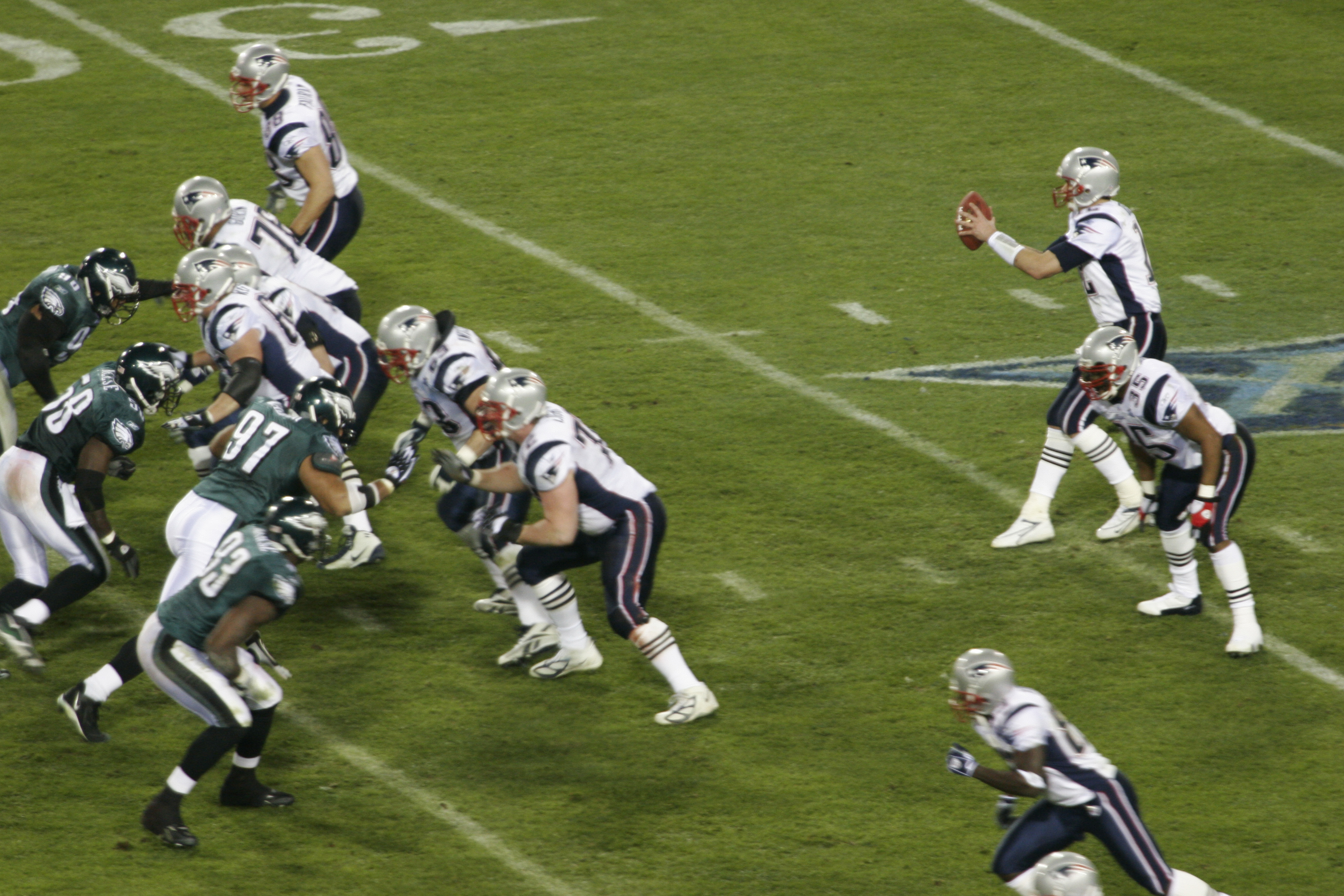 Description Patriots on offense at Super Bowl XXXIX 1.jpg