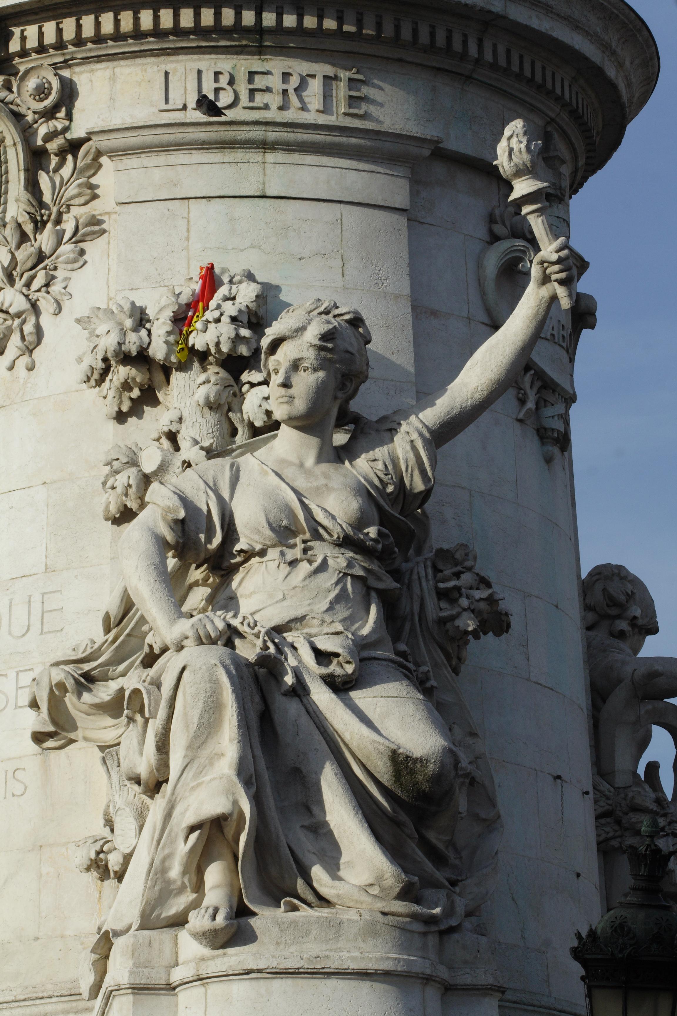 Allegoria della libertà in Place de la République, Parigi