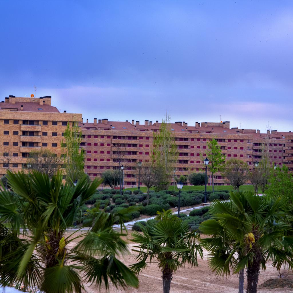 Residencial_Francisco_Hernando_%28003%29.jpg