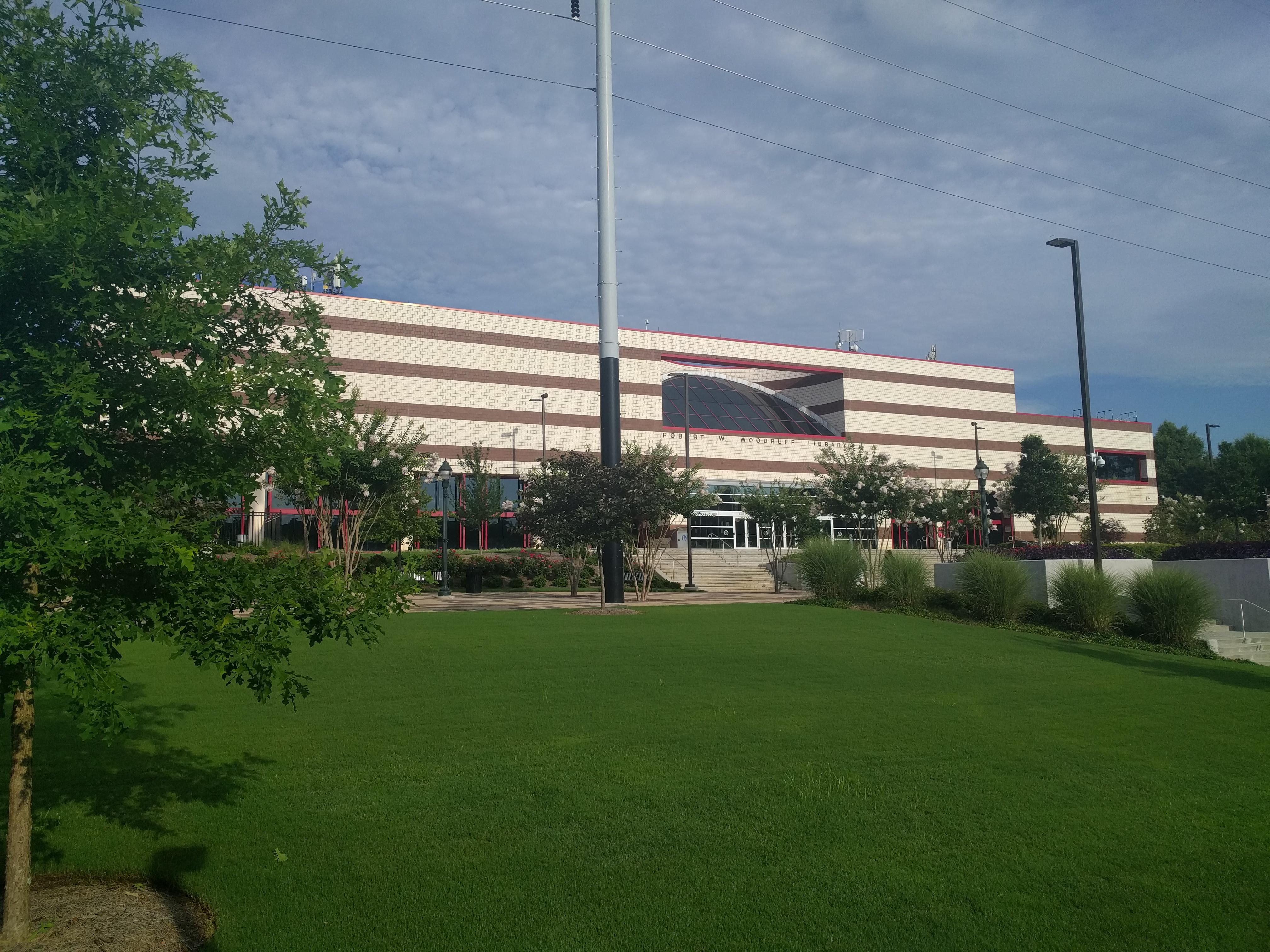 Atlanta University Center >> File Robert W Woodruff Library Atlanta University Center 2