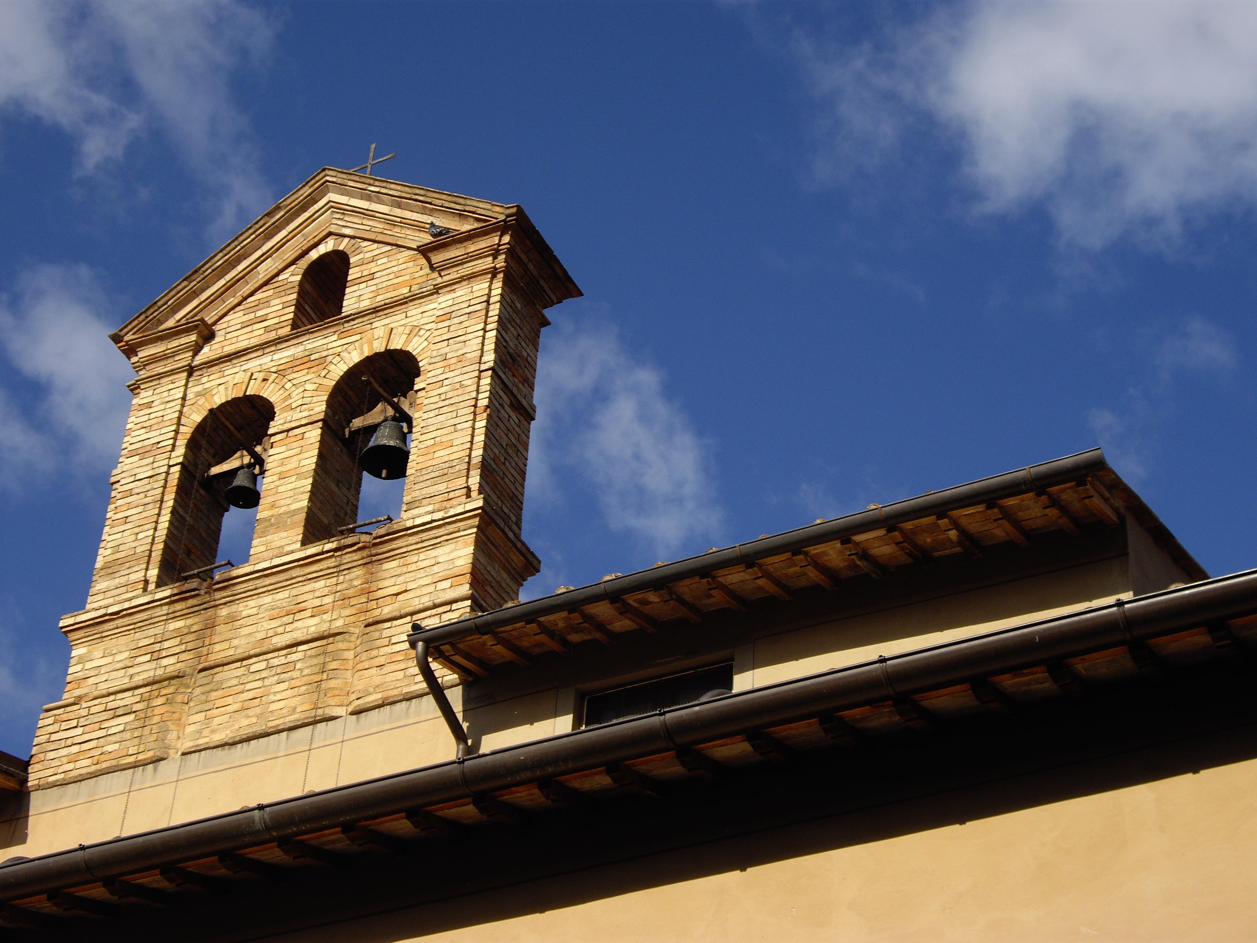 file sansepolcro church bells against the sky jpg wikimedia commons rh commons wikimedia org