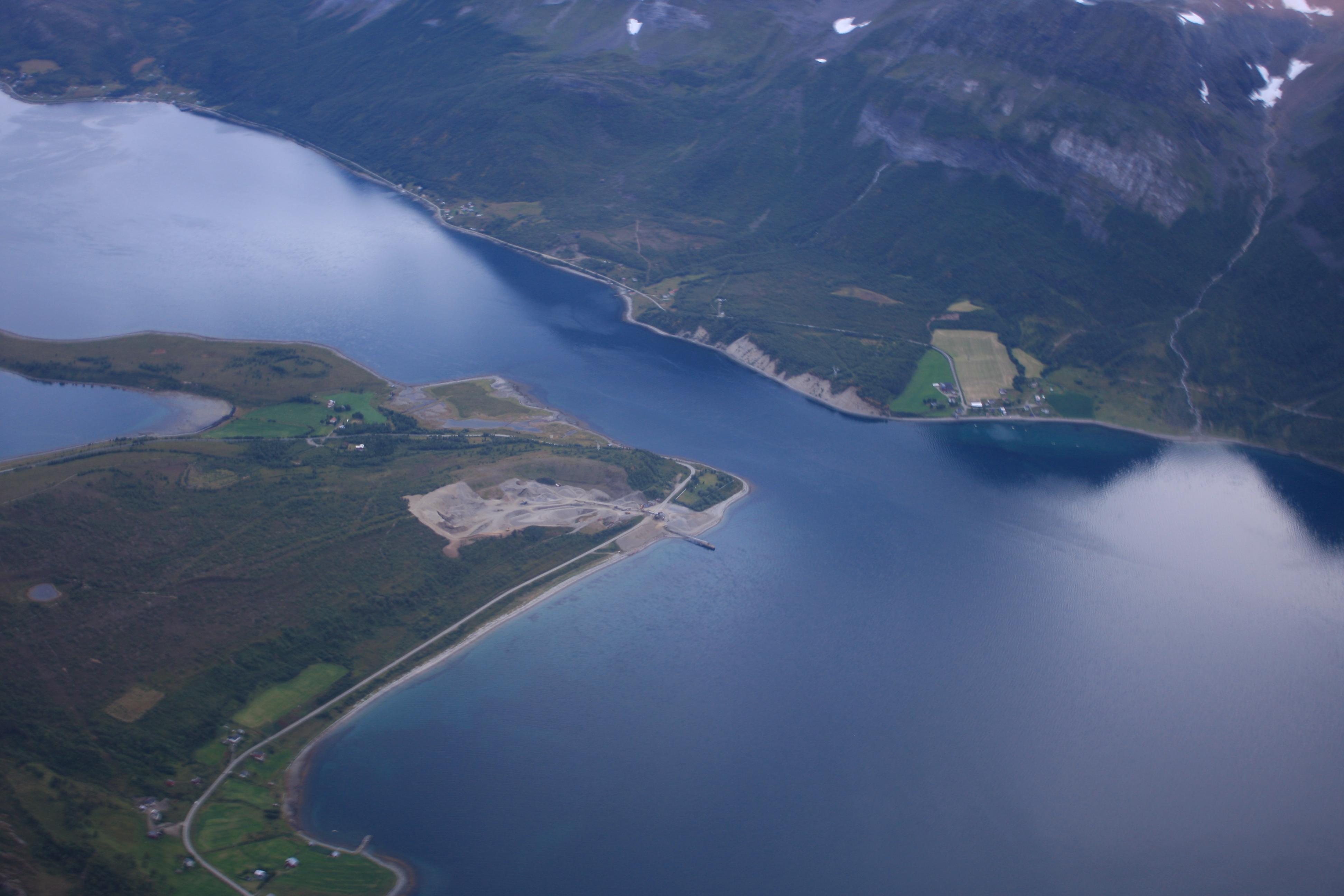 skarmonken ullsfjord.jpg